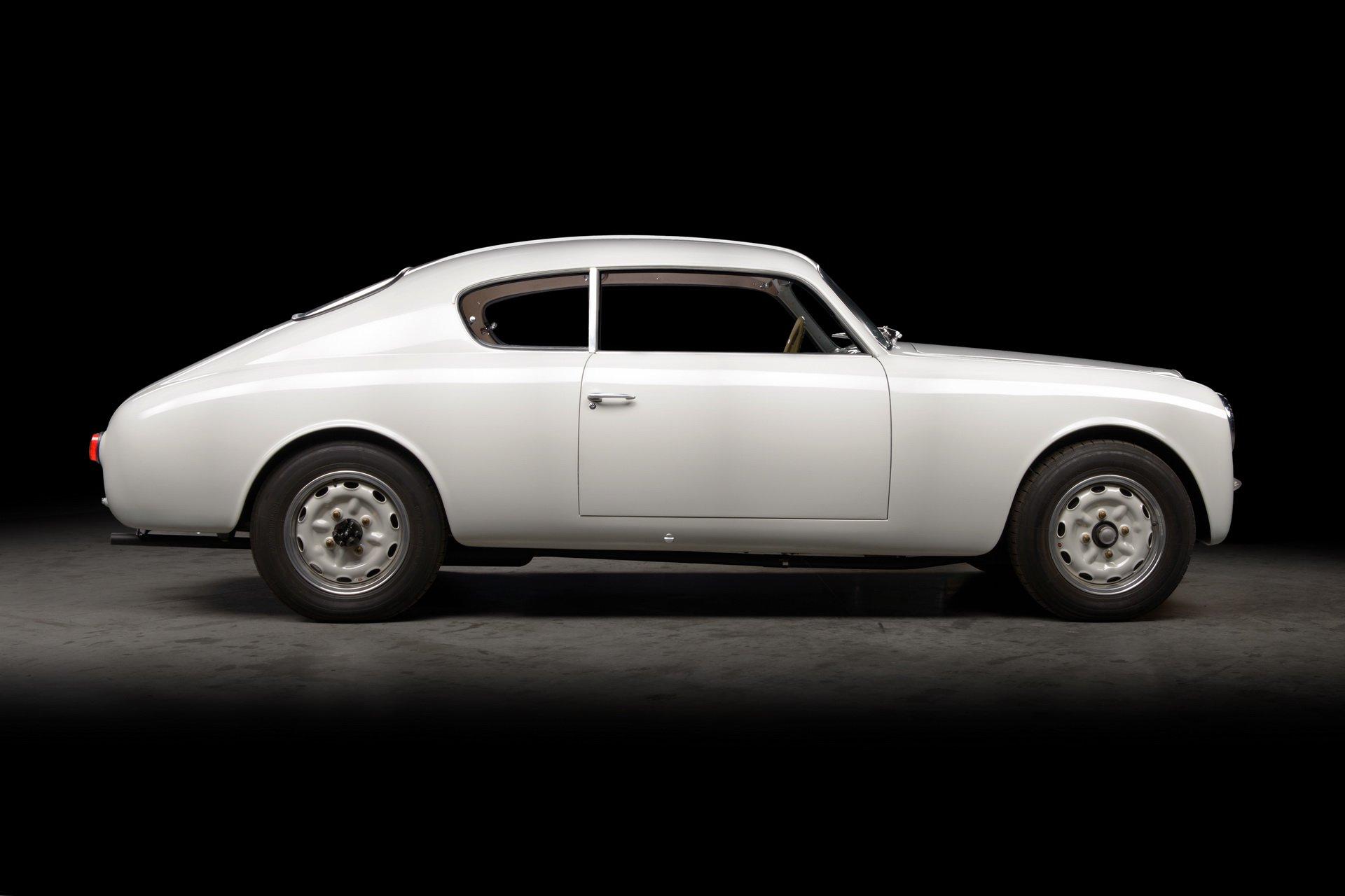 Lancia-Aurelia-B20-GT-restored-15