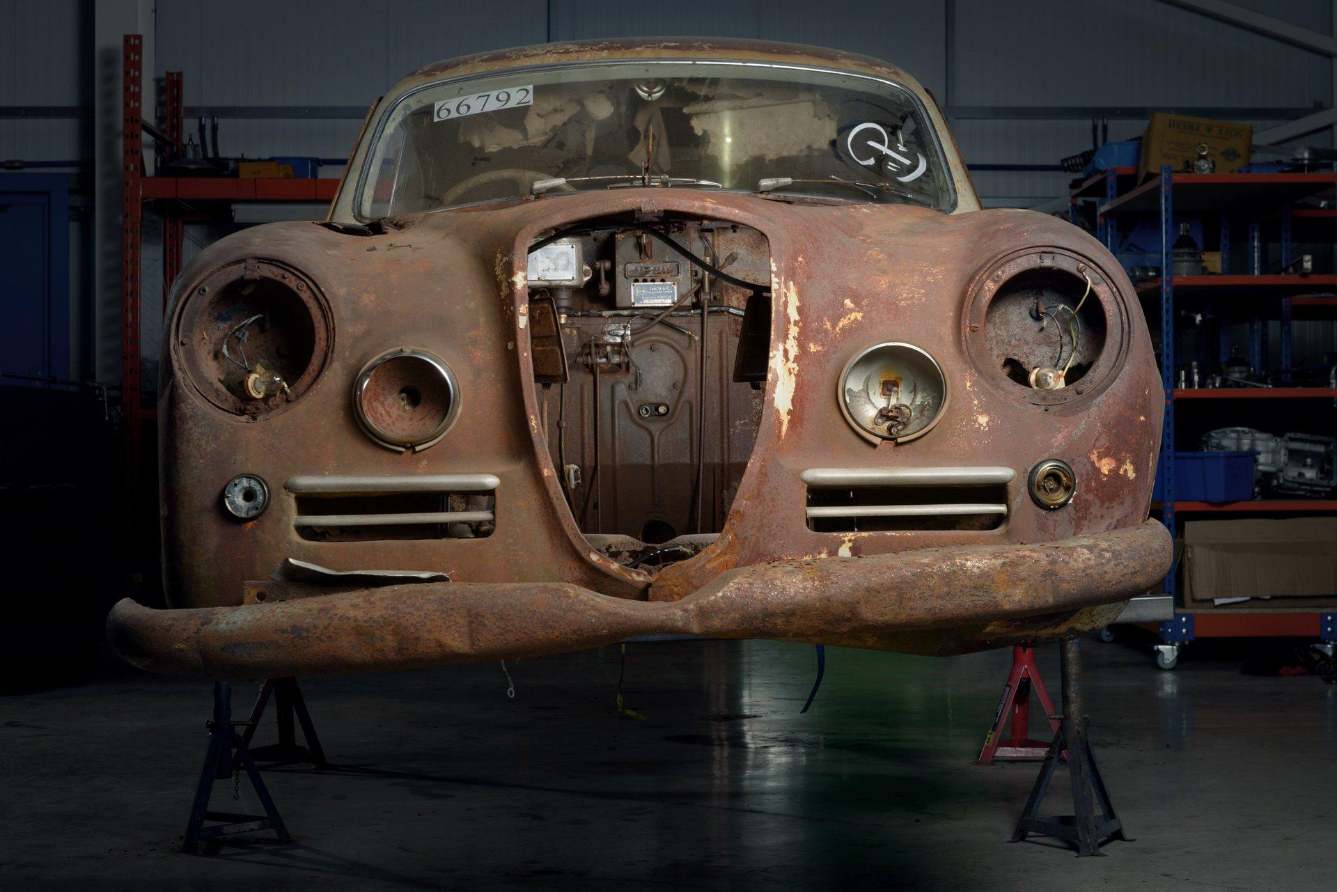Lancia-Aurelia-B20-GT-restored-3