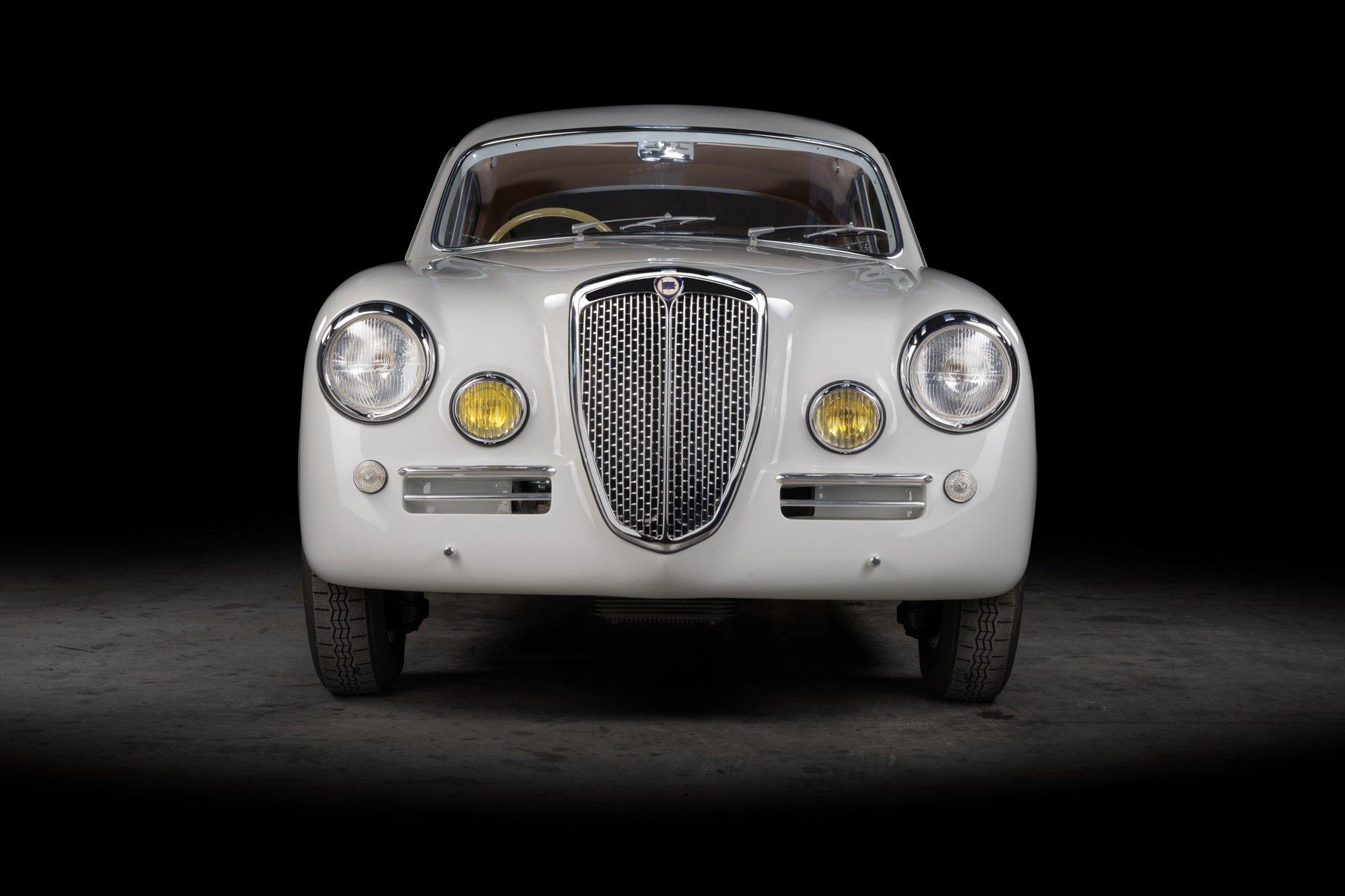 Lancia-Aurelia-B20-GT-restored-4