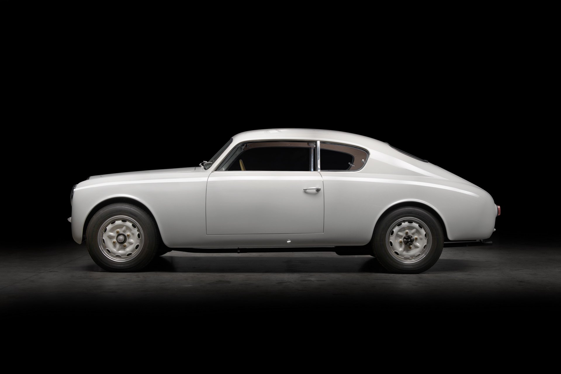 Lancia-Aurelia-B20-GT-restored-8