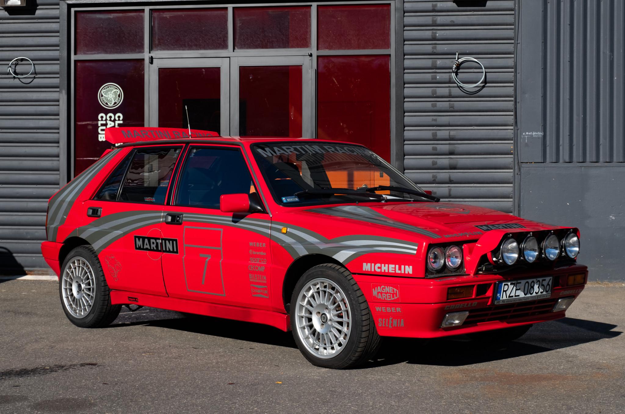 Lancia-Delta-Integrale-1989-for-sale-1