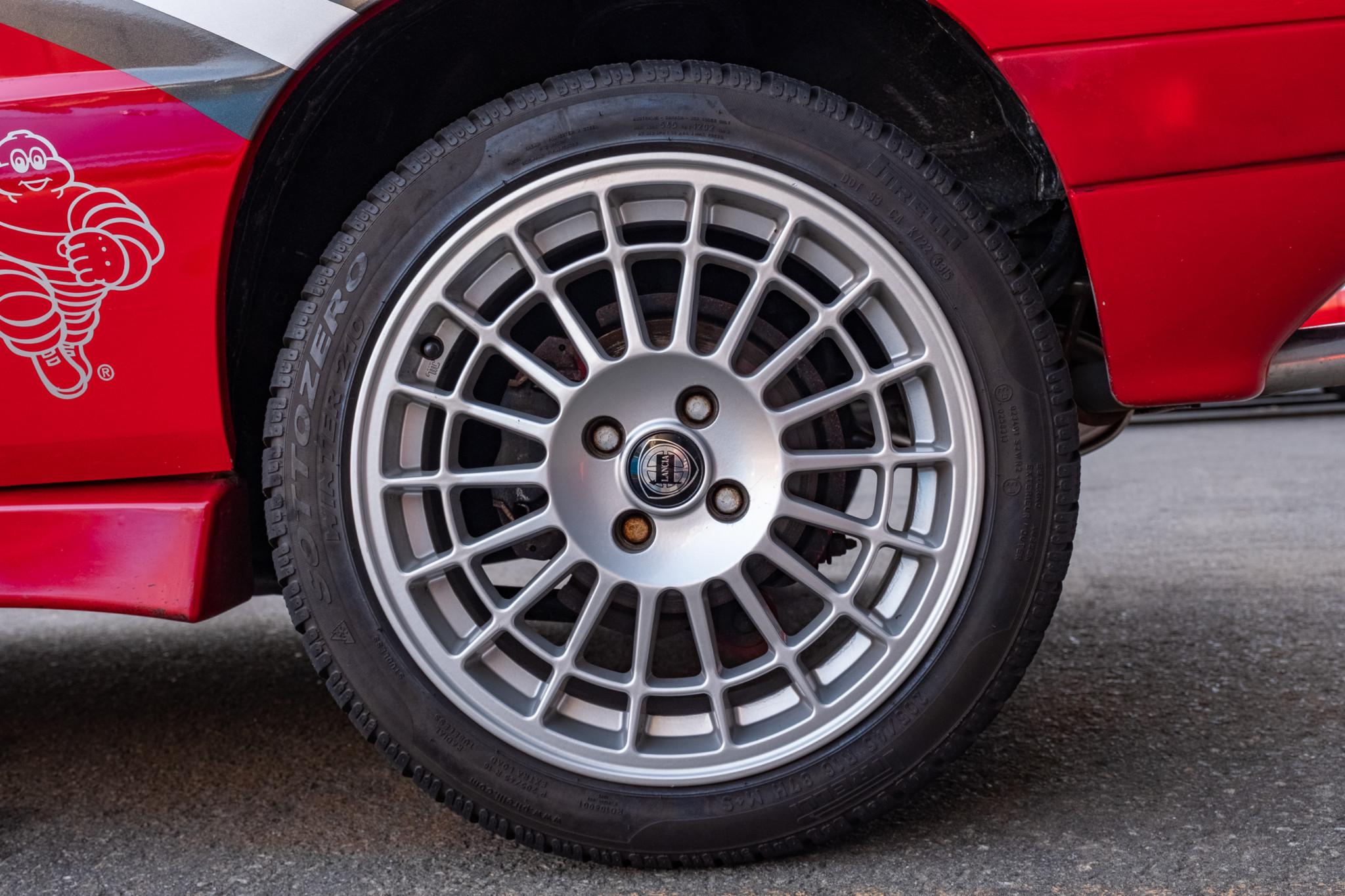 Lancia-Delta-Integrale-1989-for-sale-13