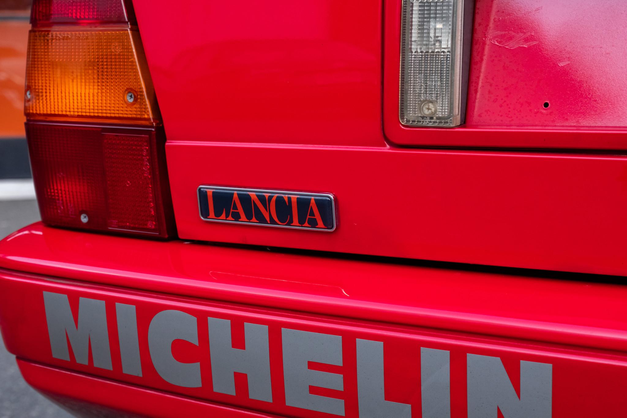 Lancia-Delta-Integrale-1989-for-sale-18