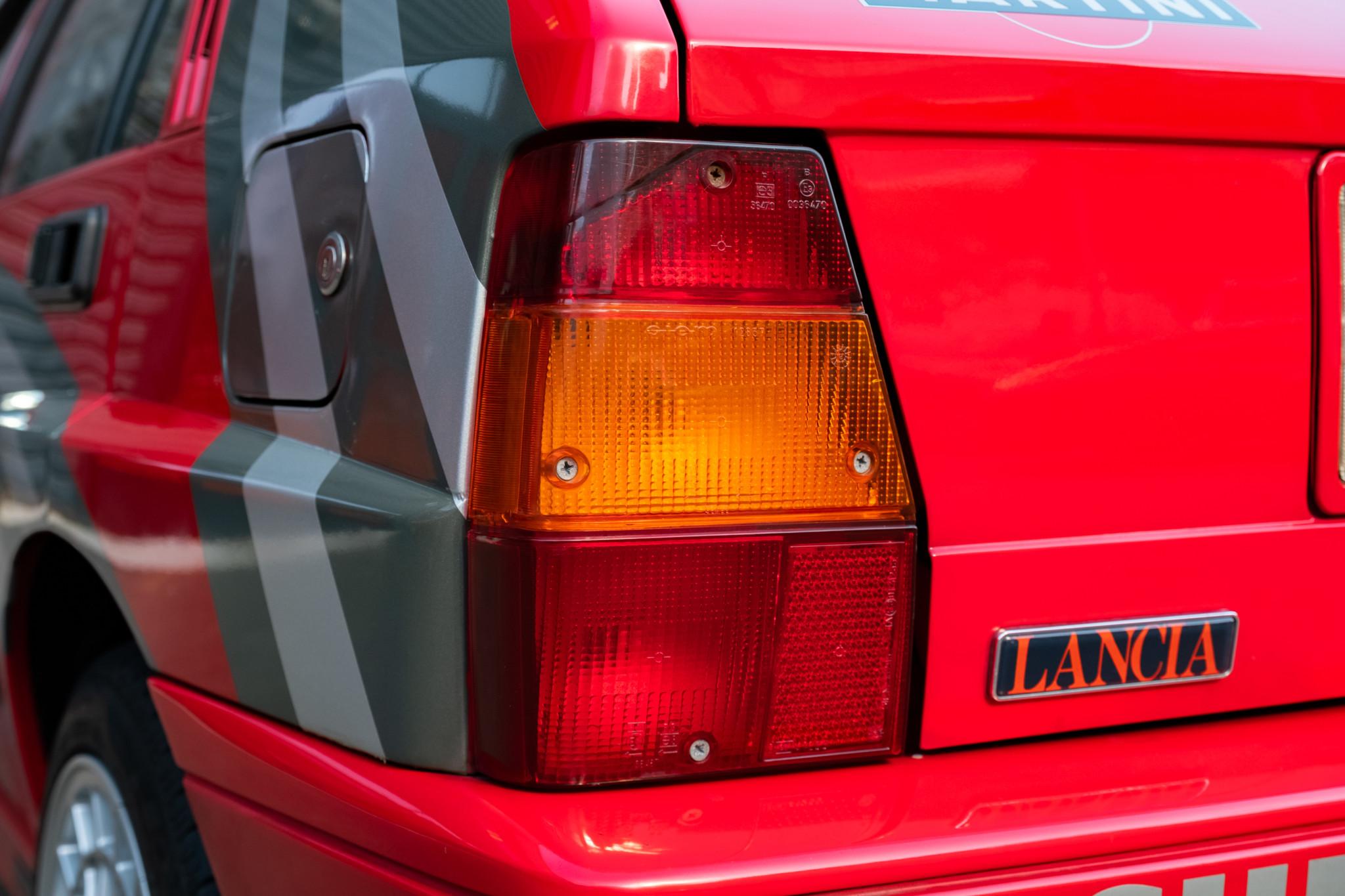 Lancia-Delta-Integrale-1989-for-sale-57