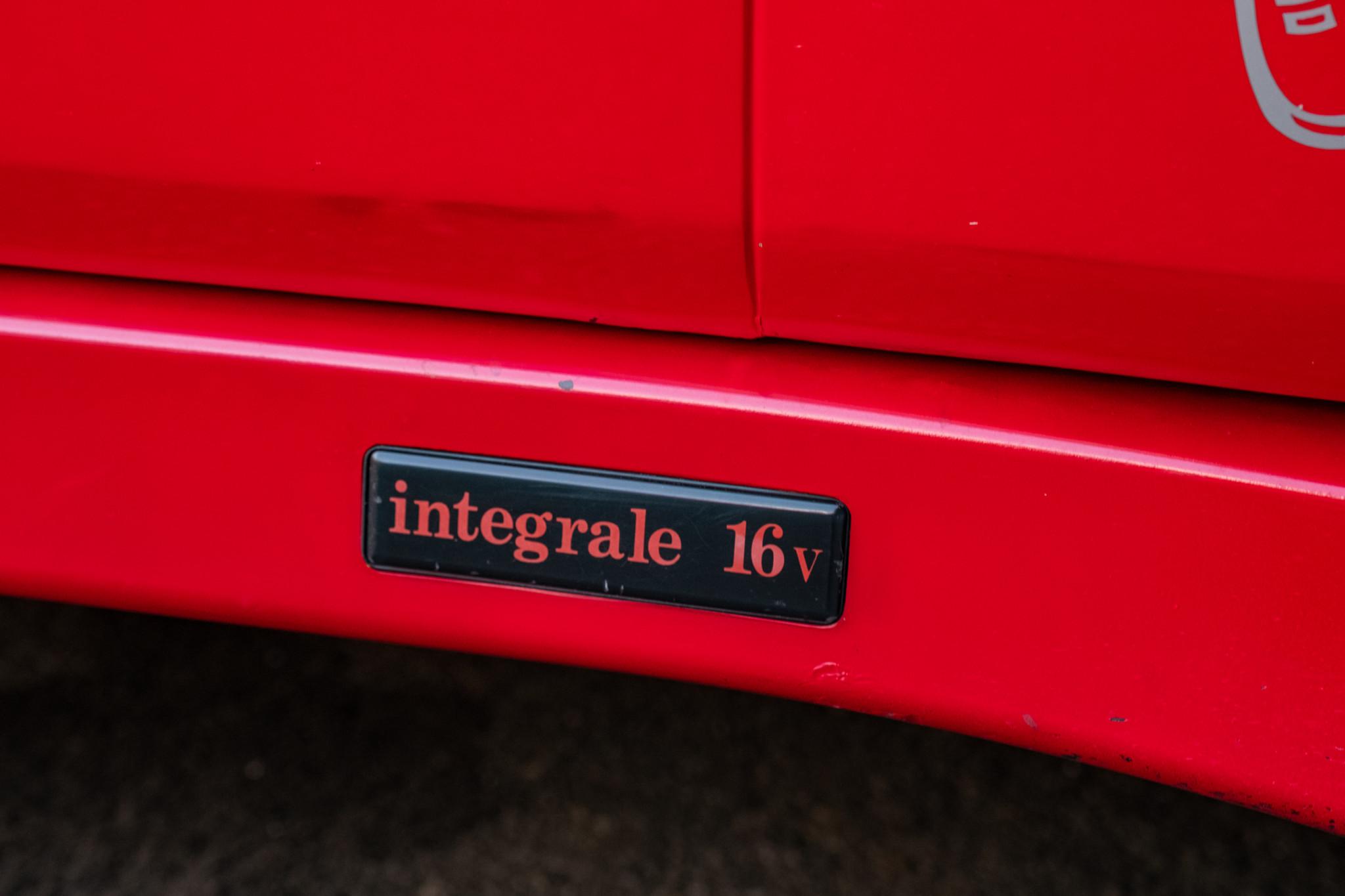 Lancia-Delta-Integrale-1989-for-sale-59
