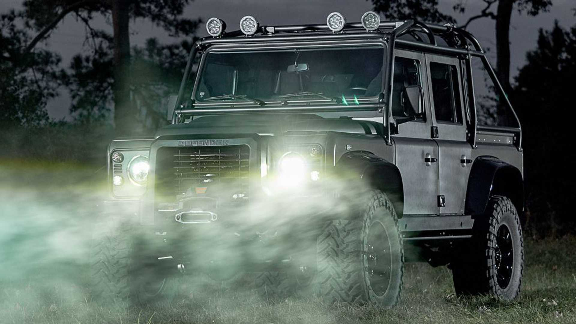 himalaya-land-rover-defender-spectre (1)
