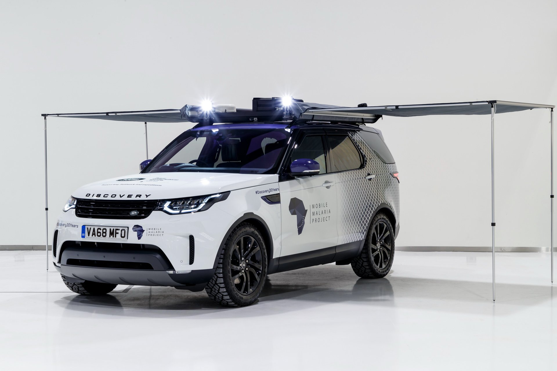 Land Rover Discovery Mobile Malaria Project (2)