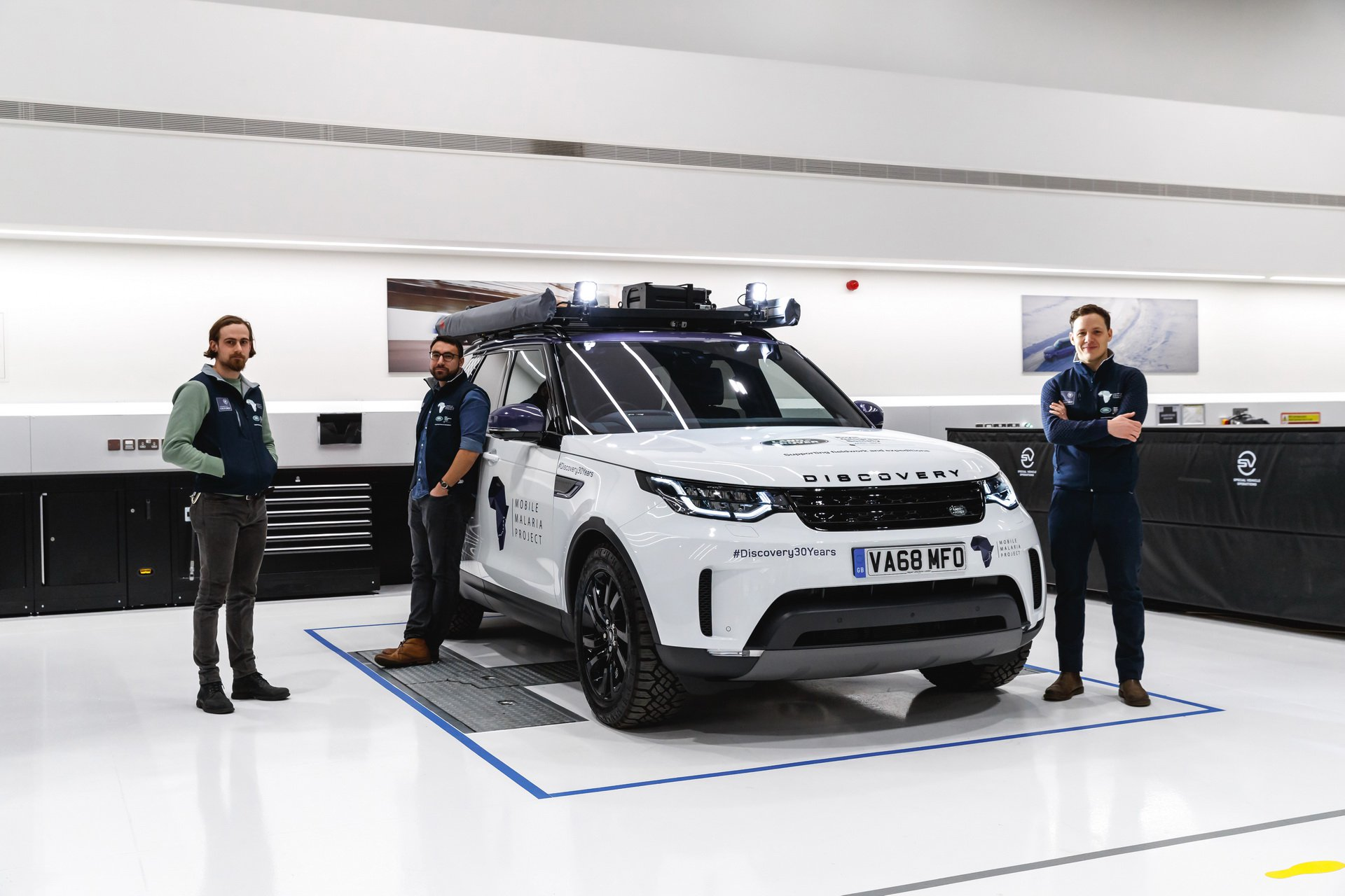 Land Rover Discovery Mobile Malaria Project (3)