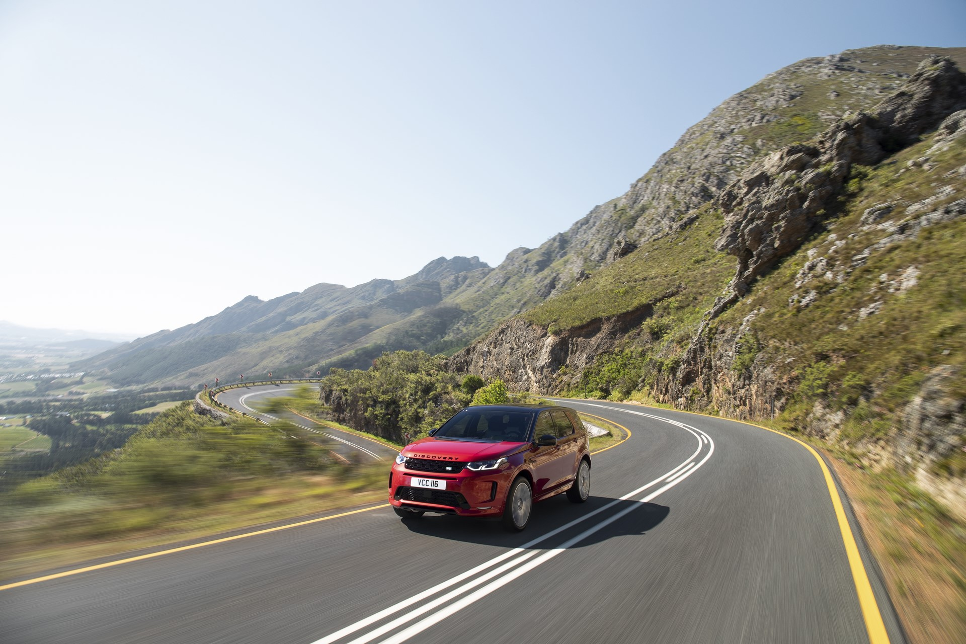Land-Rover-Discovery-Sport-2020-10