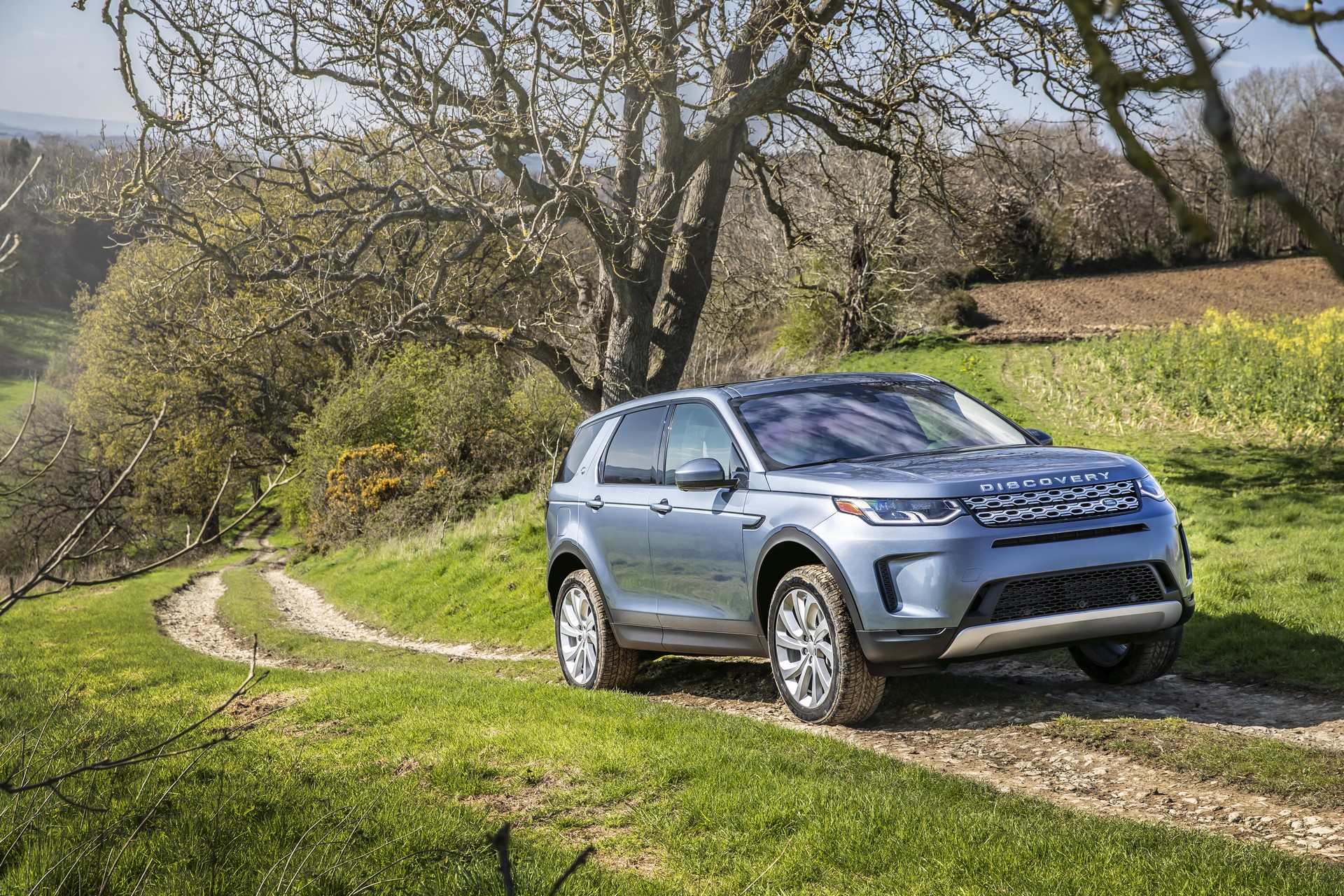 Land-Rover-Discovery-Sport-2020-61