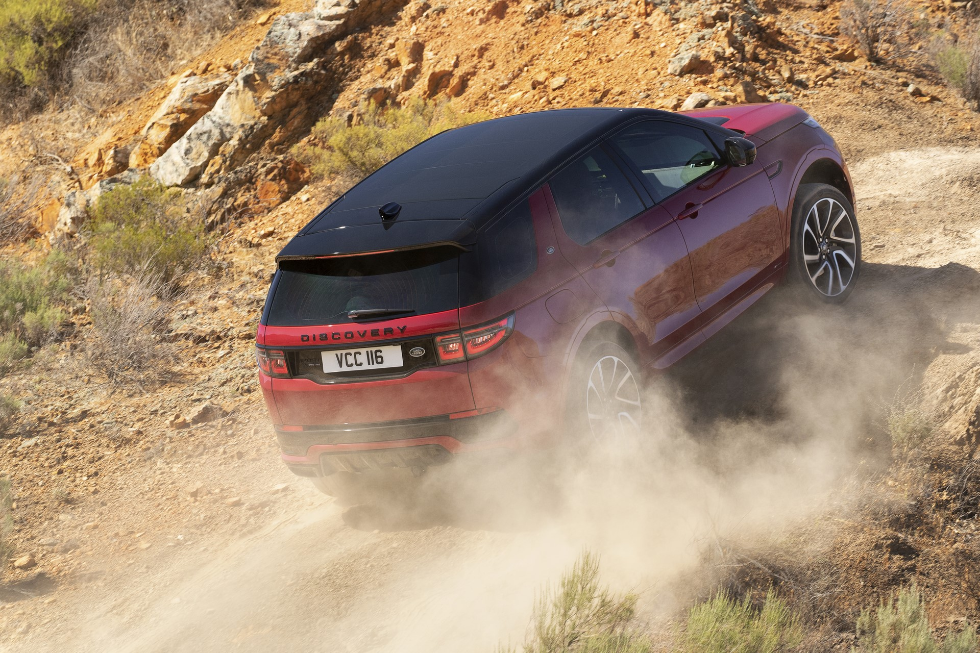 Land-Rover-Discovery-Sport-2020-67