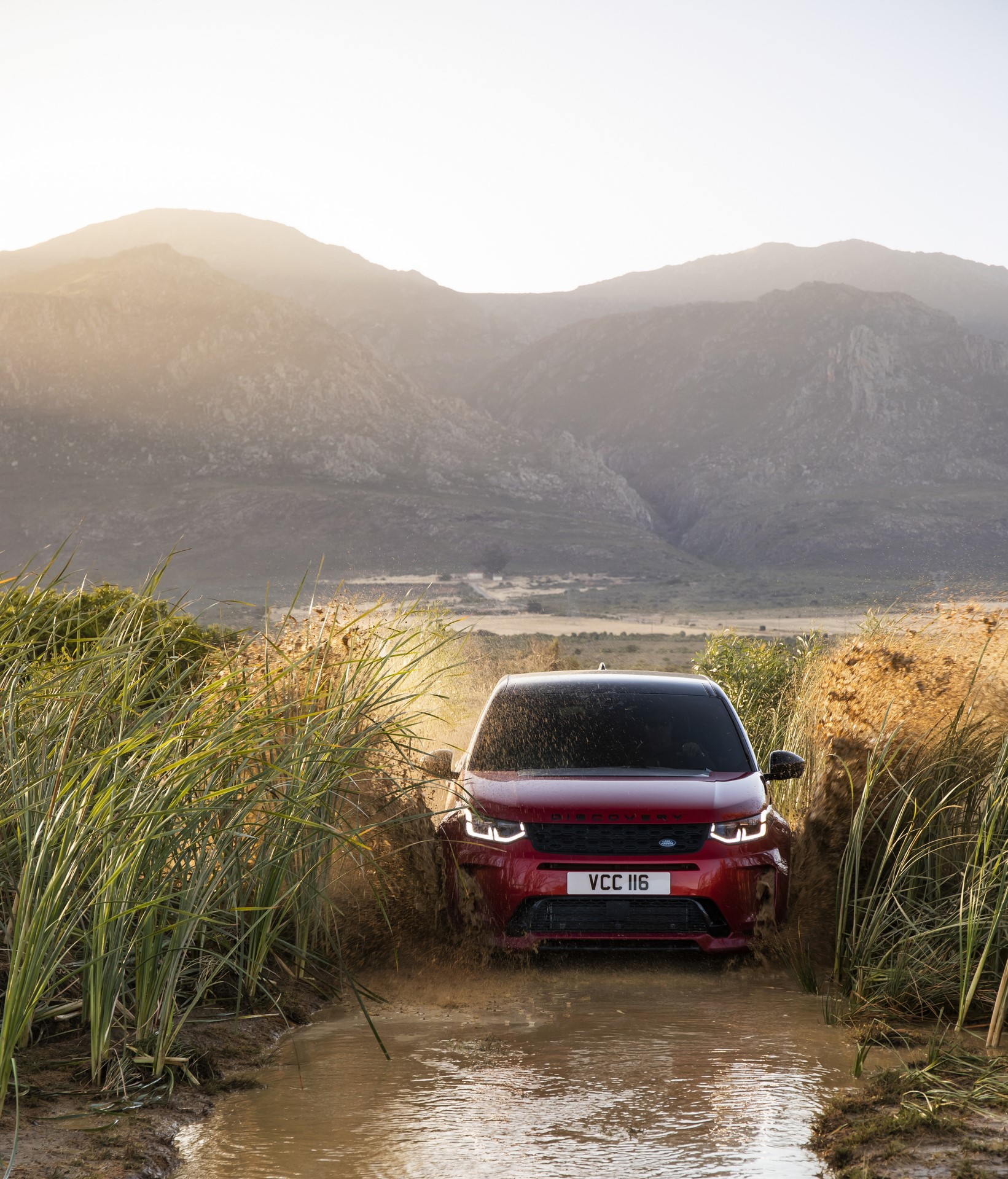 Land-Rover-Discovery-Sport-2020-71