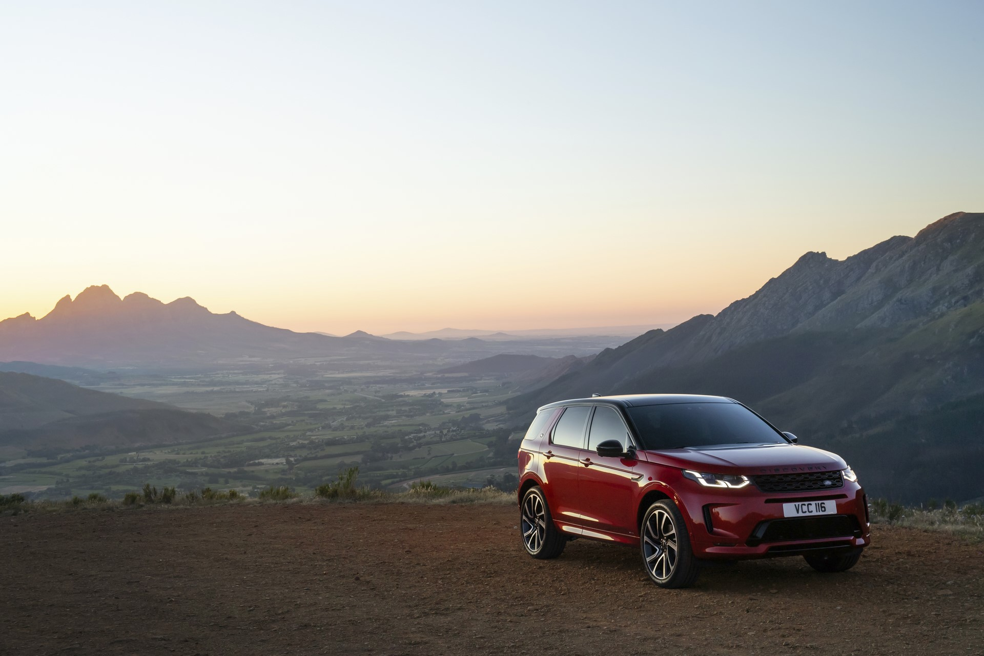 Land-Rover-Discovery-Sport-2020-79