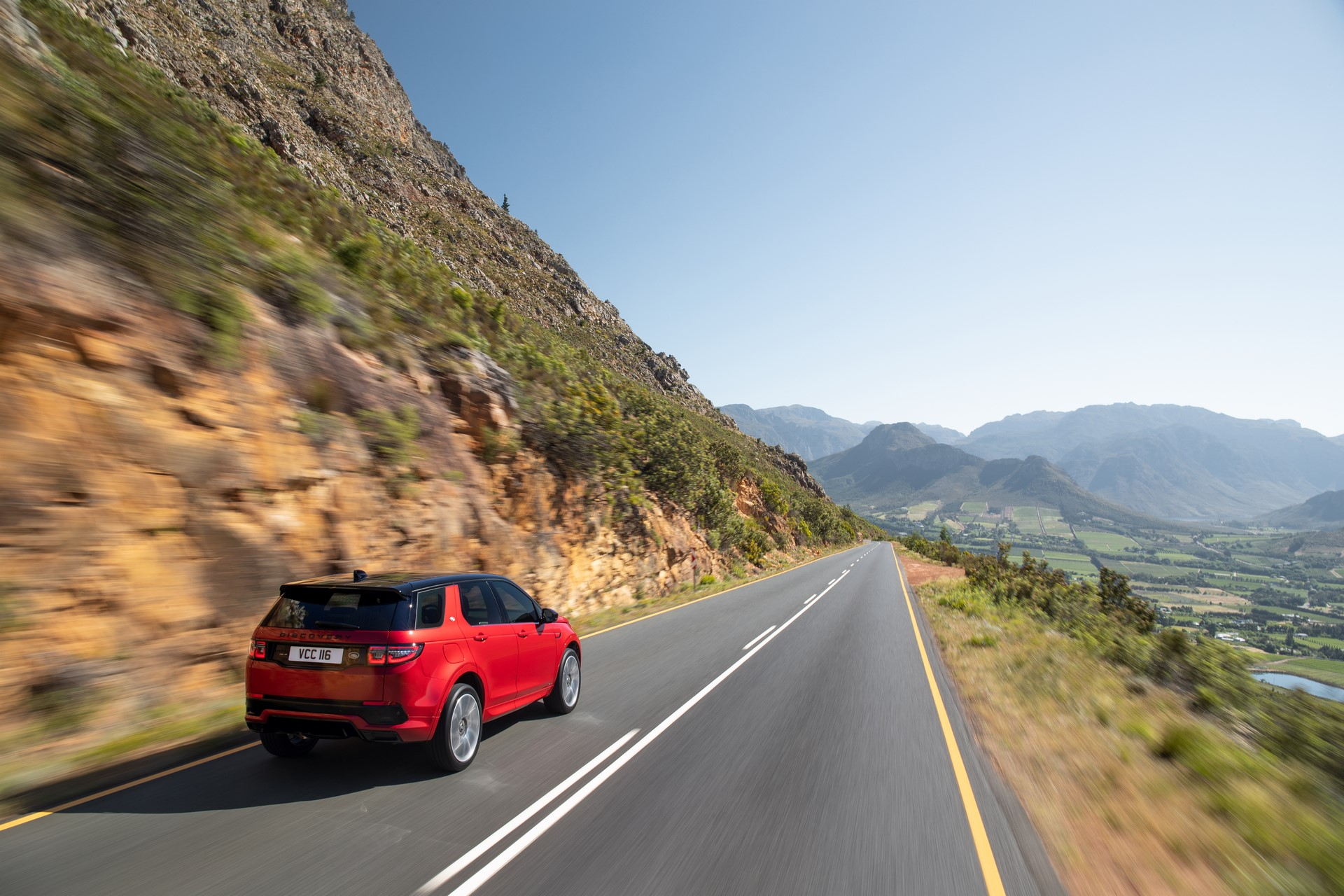 Land-Rover-Discovery-Sport-2020-8