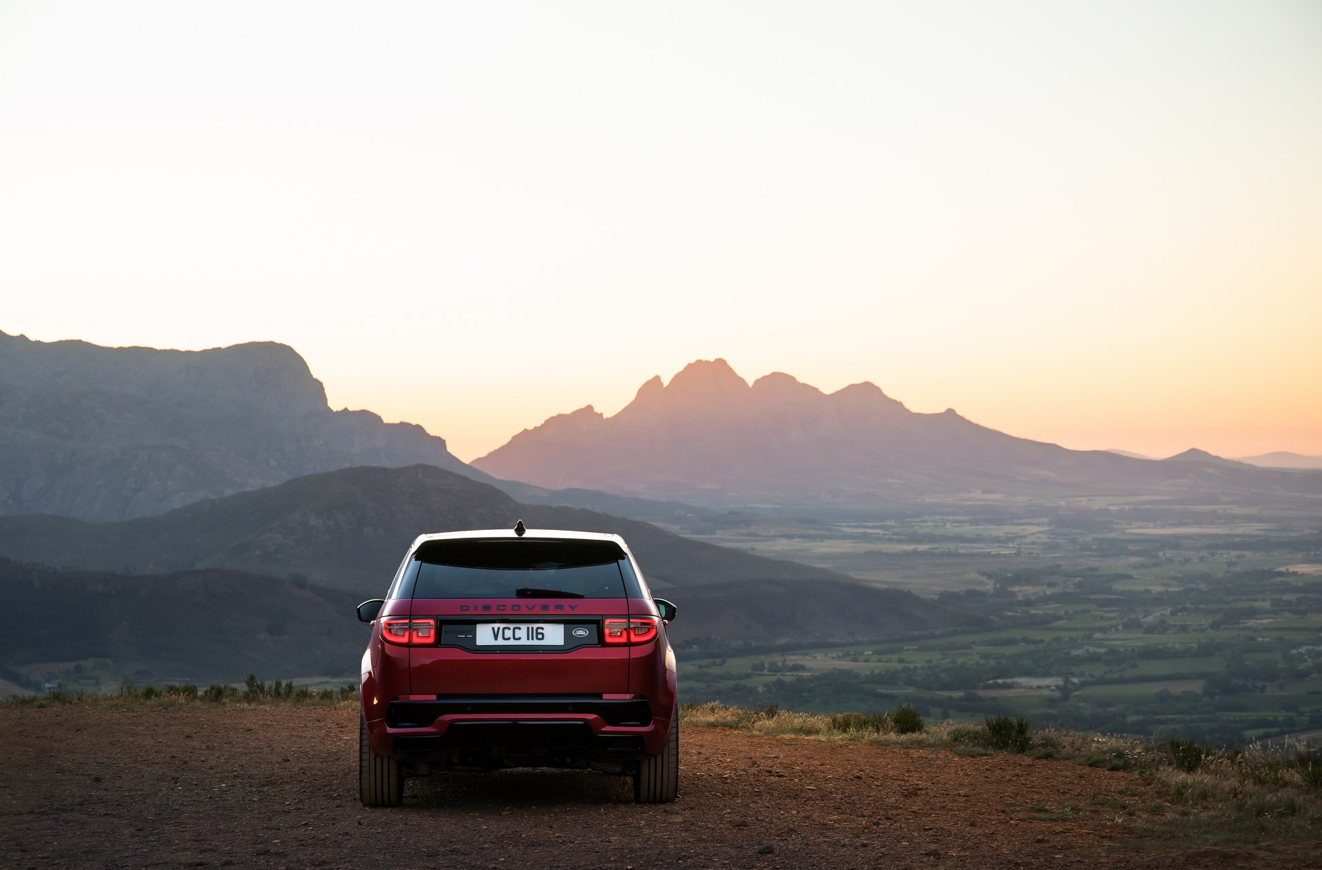Land-Rover-Discovery-Sport-2020-80
