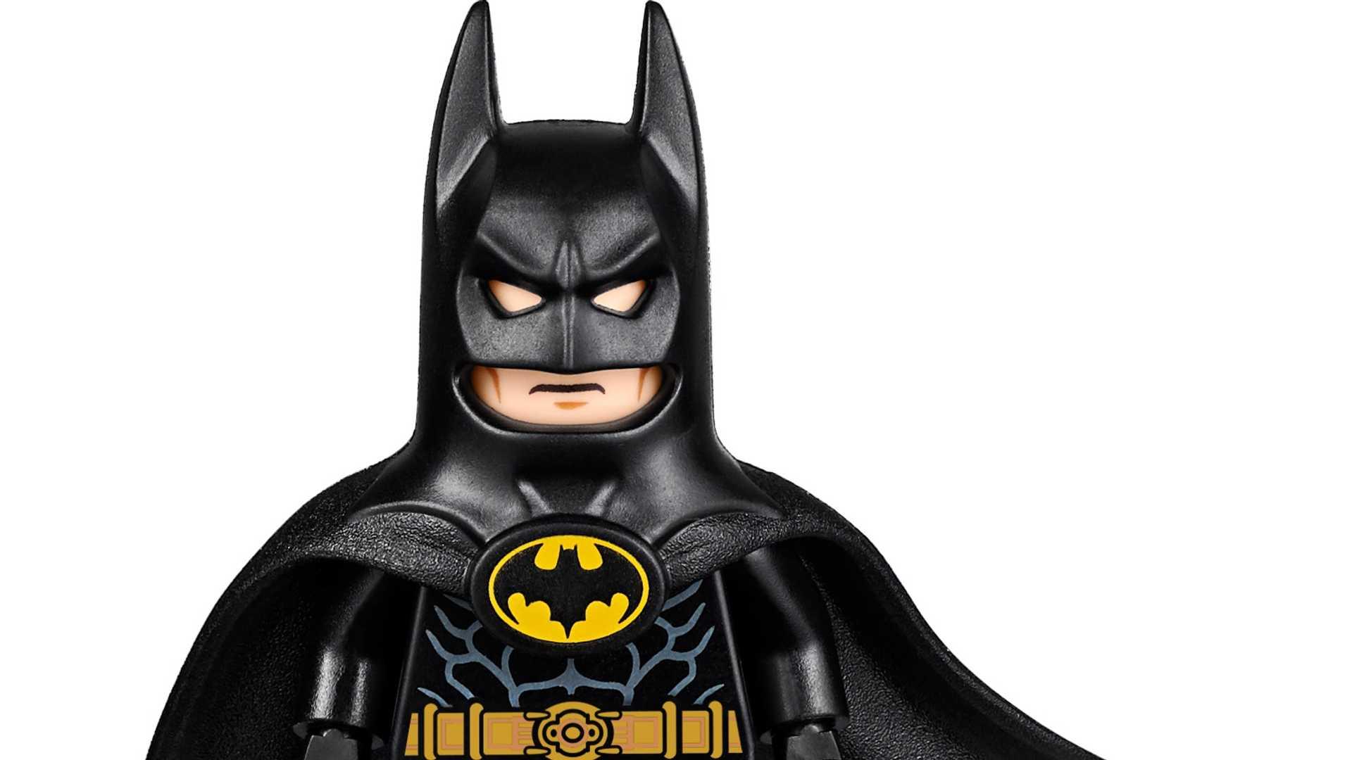 Lego-Batmobile-kit-1989-30