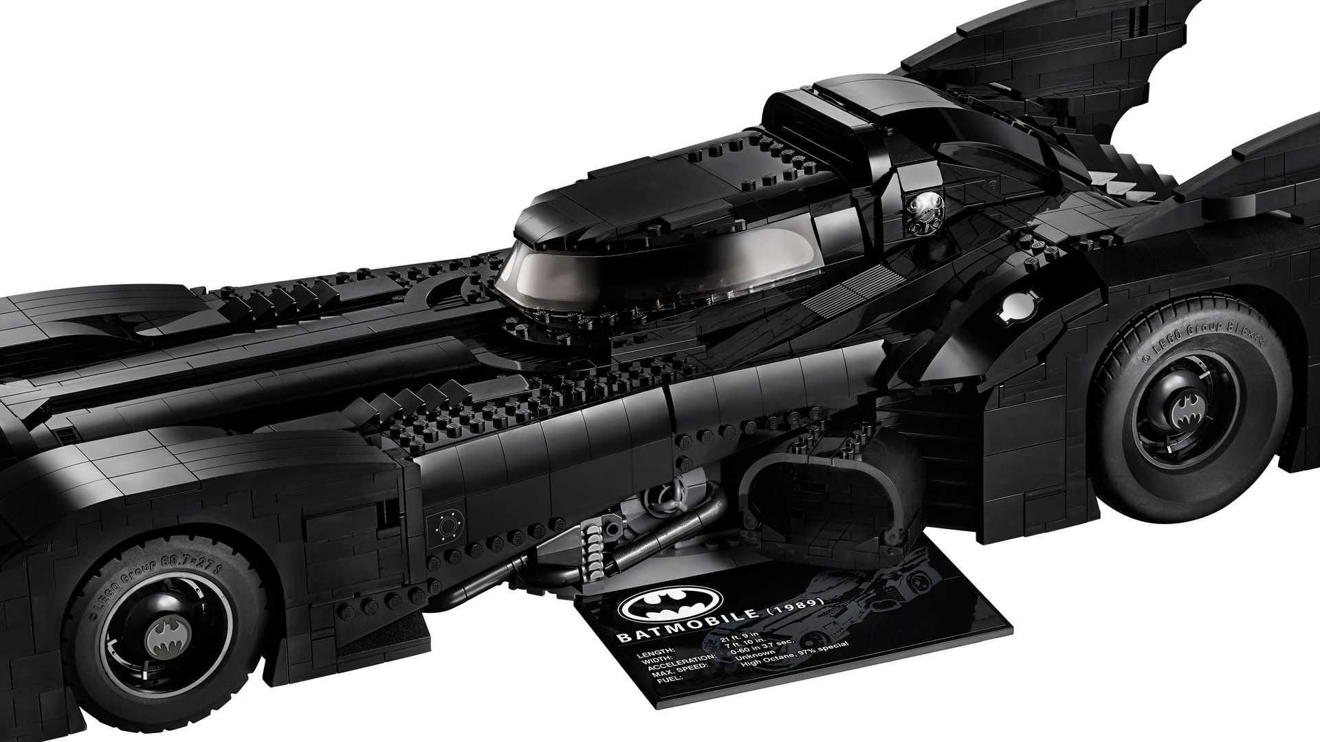 Lego-Batmobile-kit-1989-9
