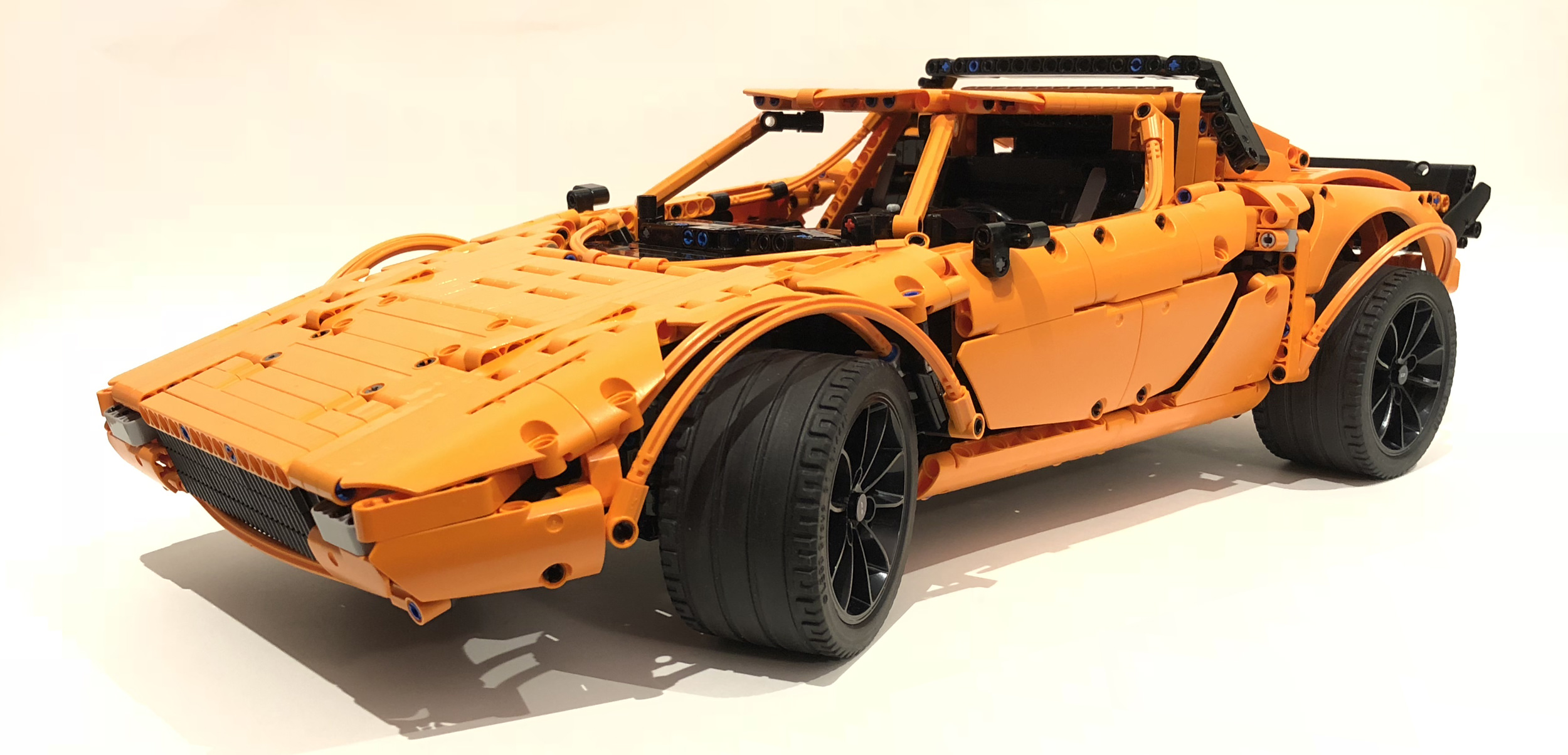 Lego Technic Lancia Stratos Porsche GT3 RS kit (4)