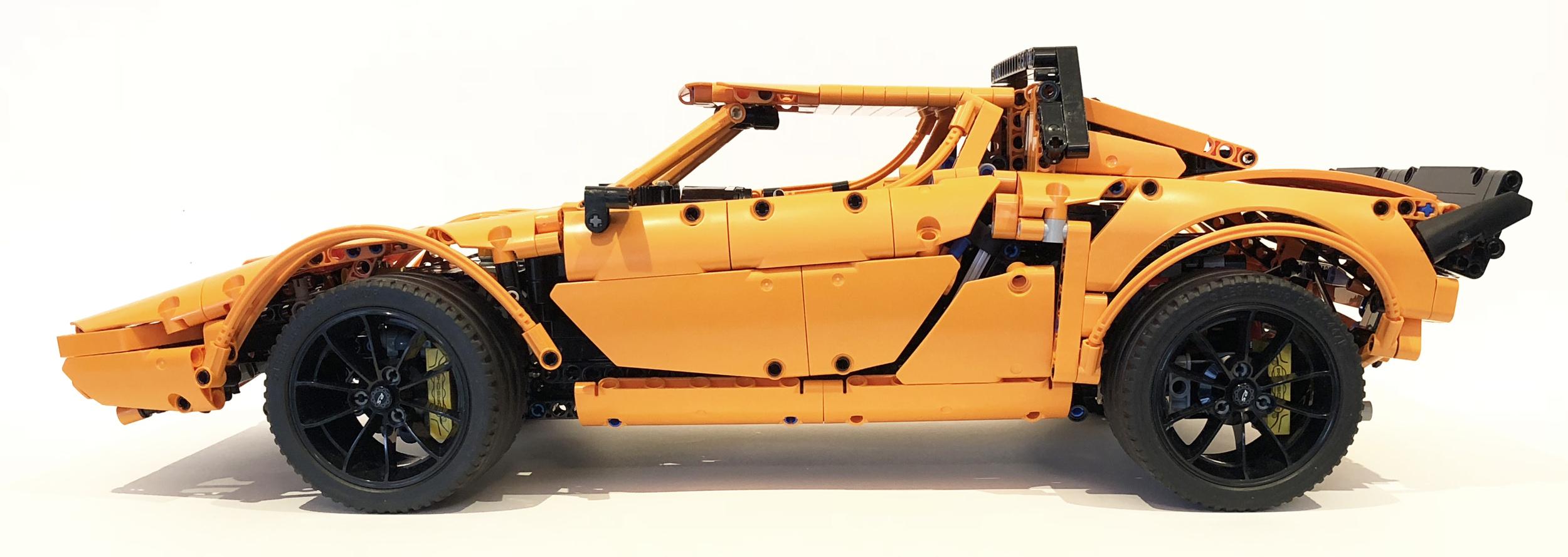 Lego Technic Lancia Stratos Porsche GT3 RS kit (5)