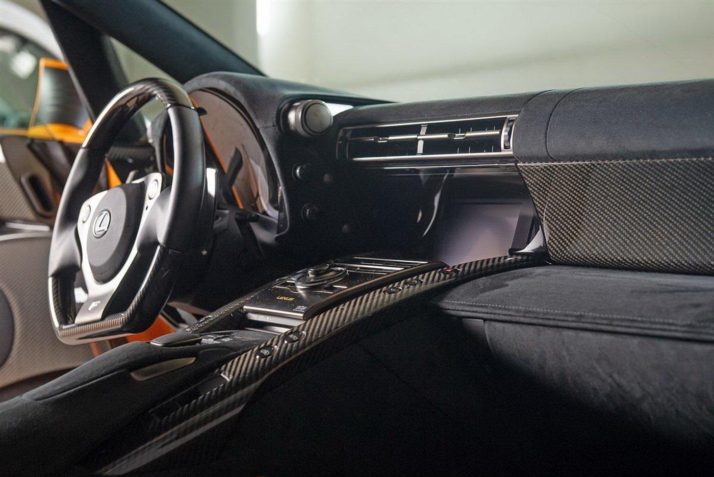 Lexus_LFA_Nürburgring_Edition_0015
