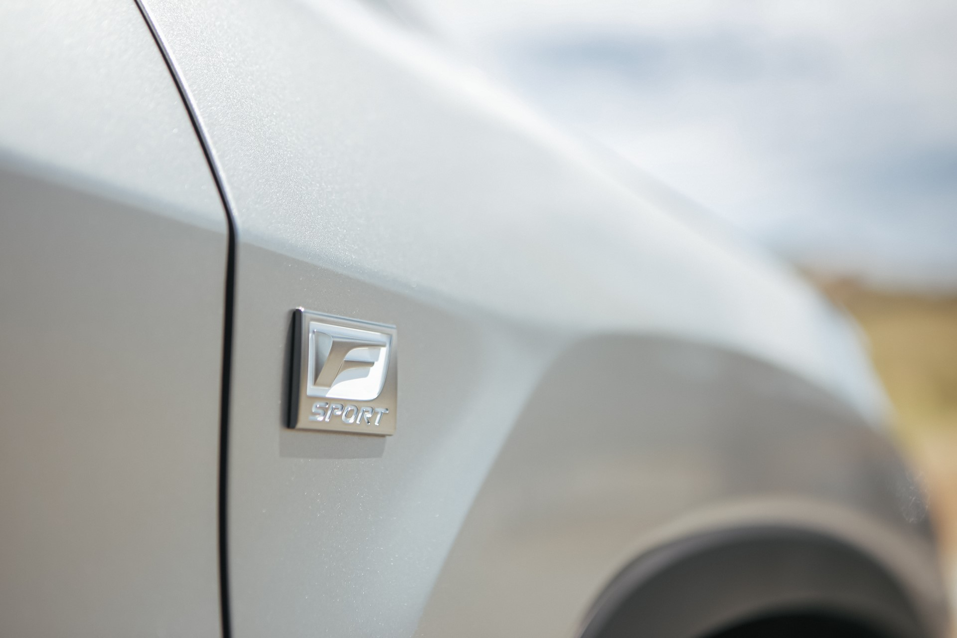 2020_Lexus_RX_350_F_SPORT_12_6C02F68A0526542E149E6BCEA95E88A8DB7E15ED