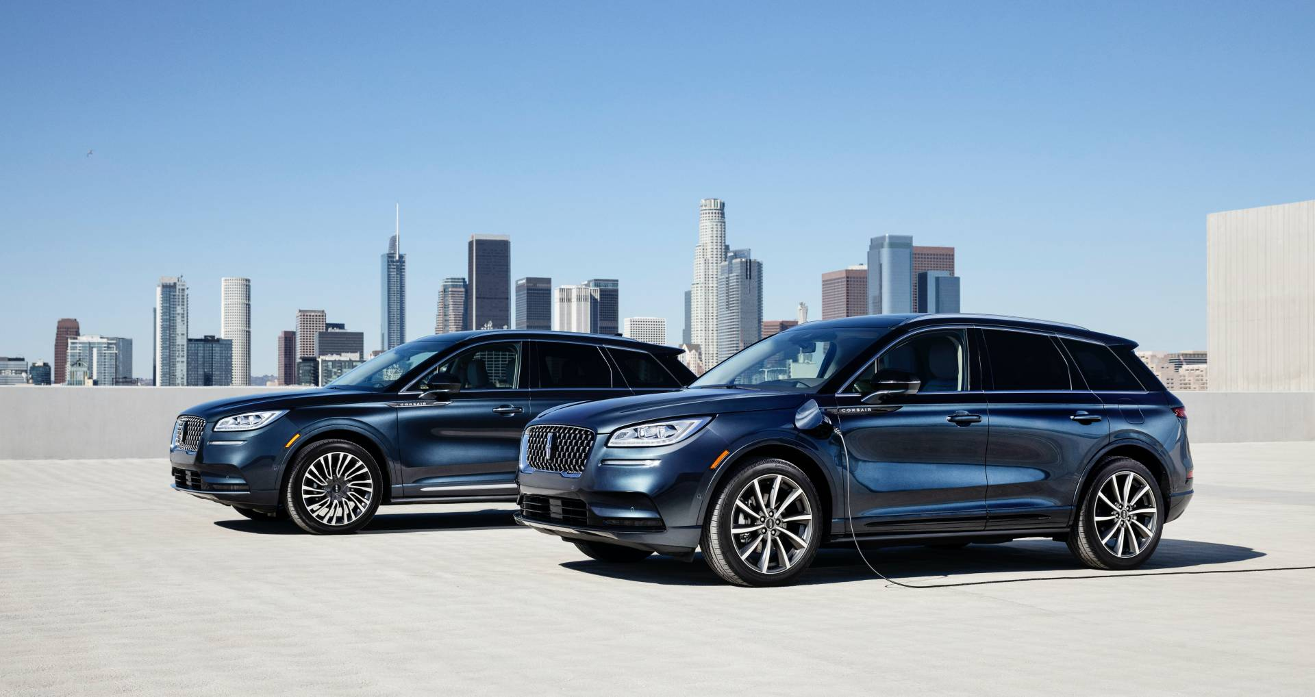 Lincoln-Corsair-Grand-Touring-2020-1
