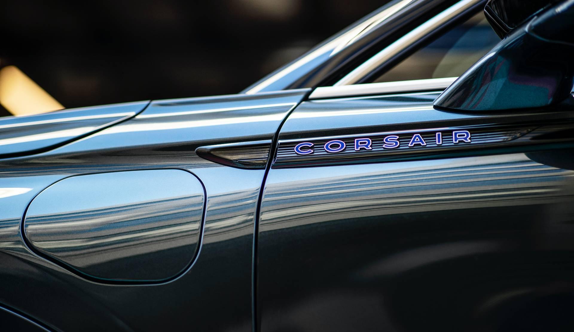 Lincoln-Corsair-Grand-Touring-2020-34