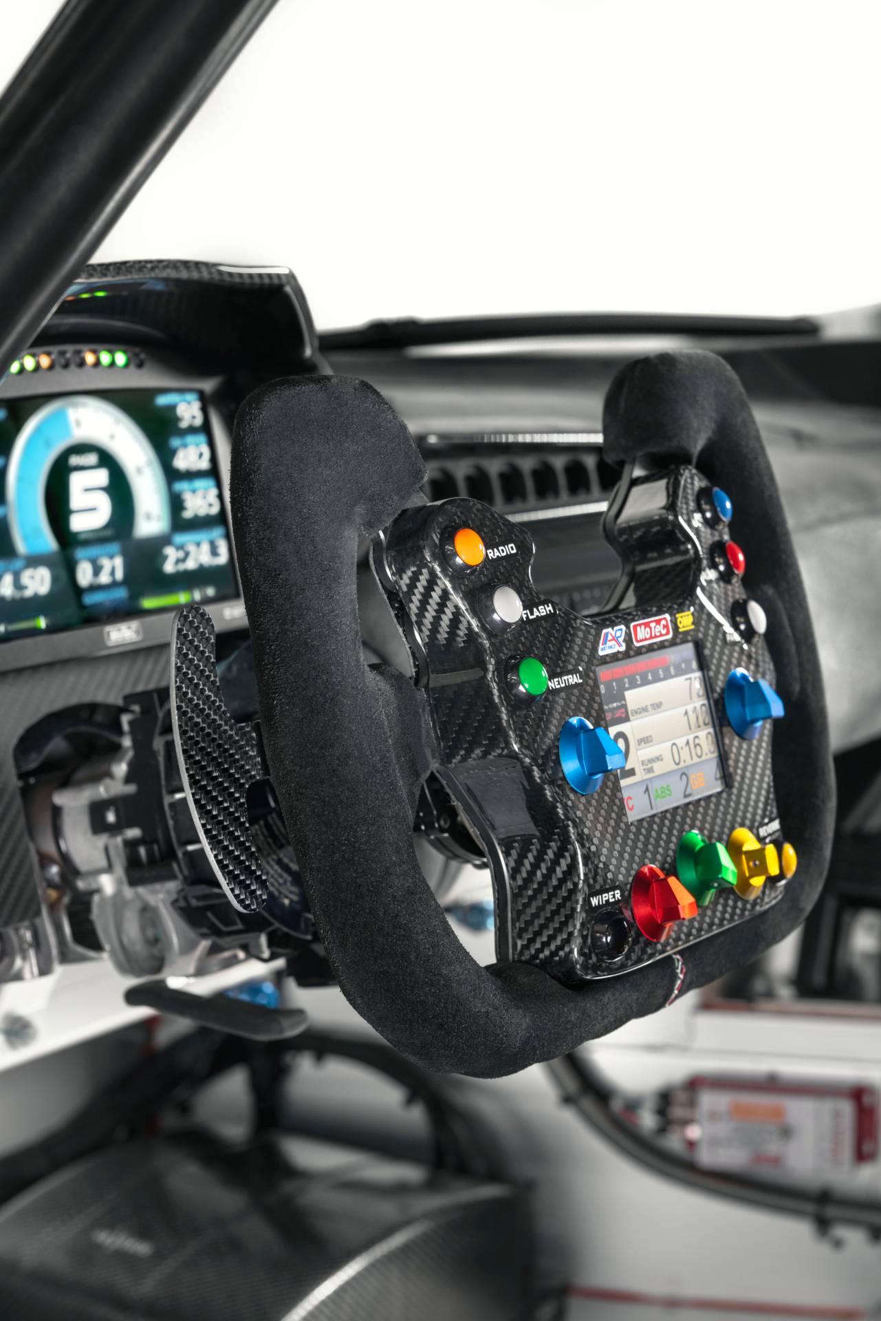 Lotus-Evora-GT4-Concept-32