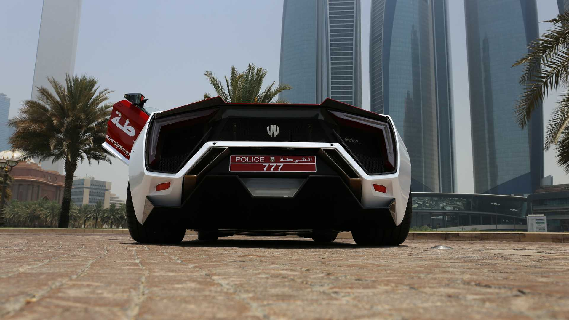 lykan-hypersport-for-abu-dhabi-police-10