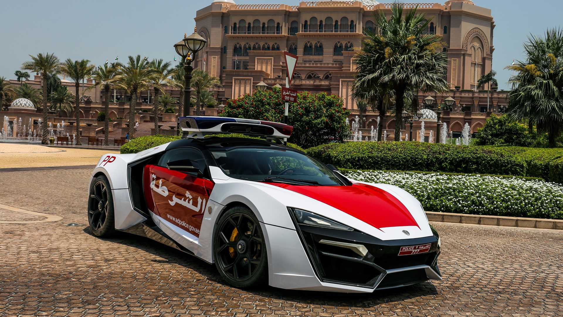lykan-hypersport-for-abu-dhabi-police-3