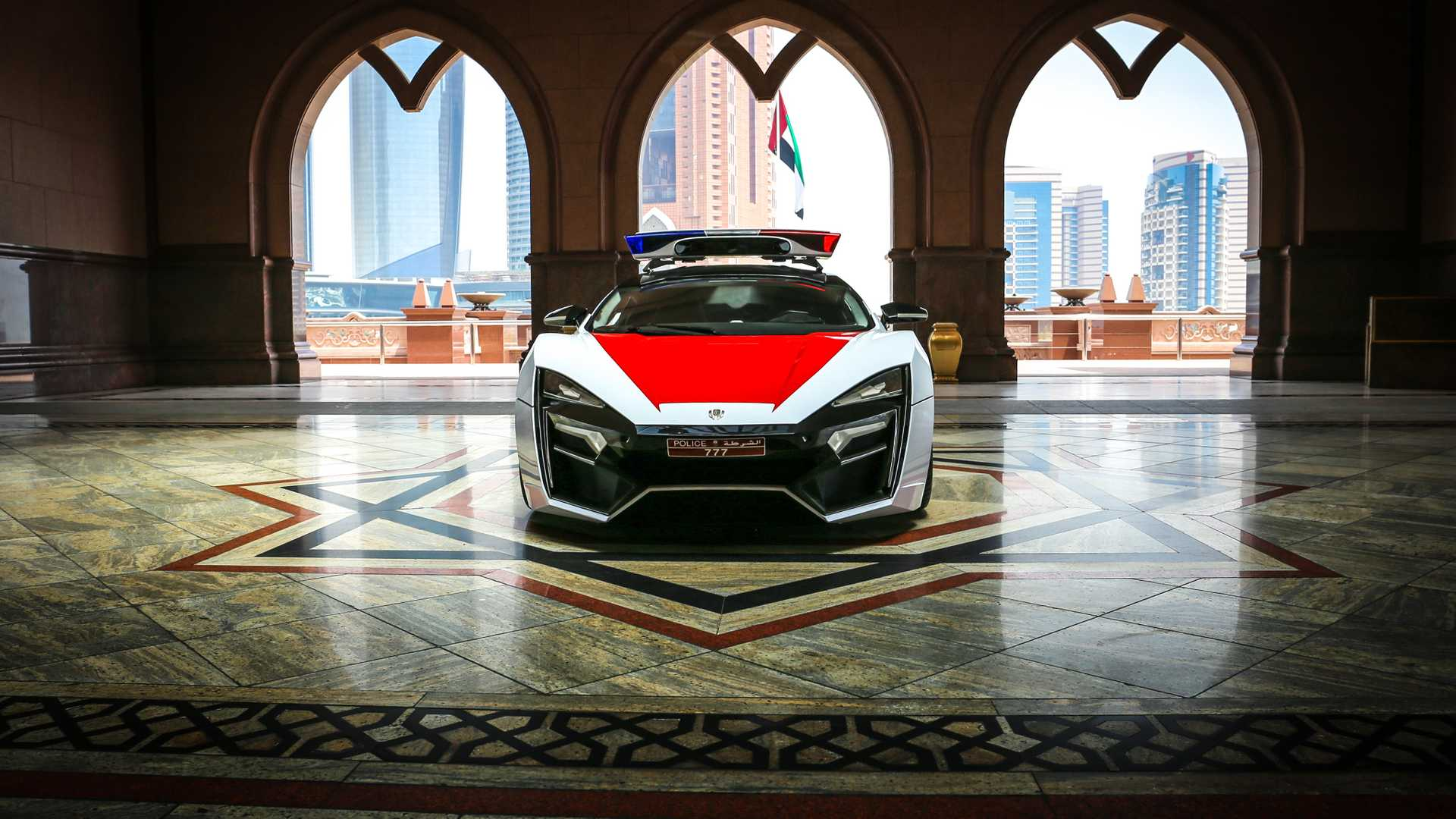 lykan-hypersport-for-abu-dhabi-police-5