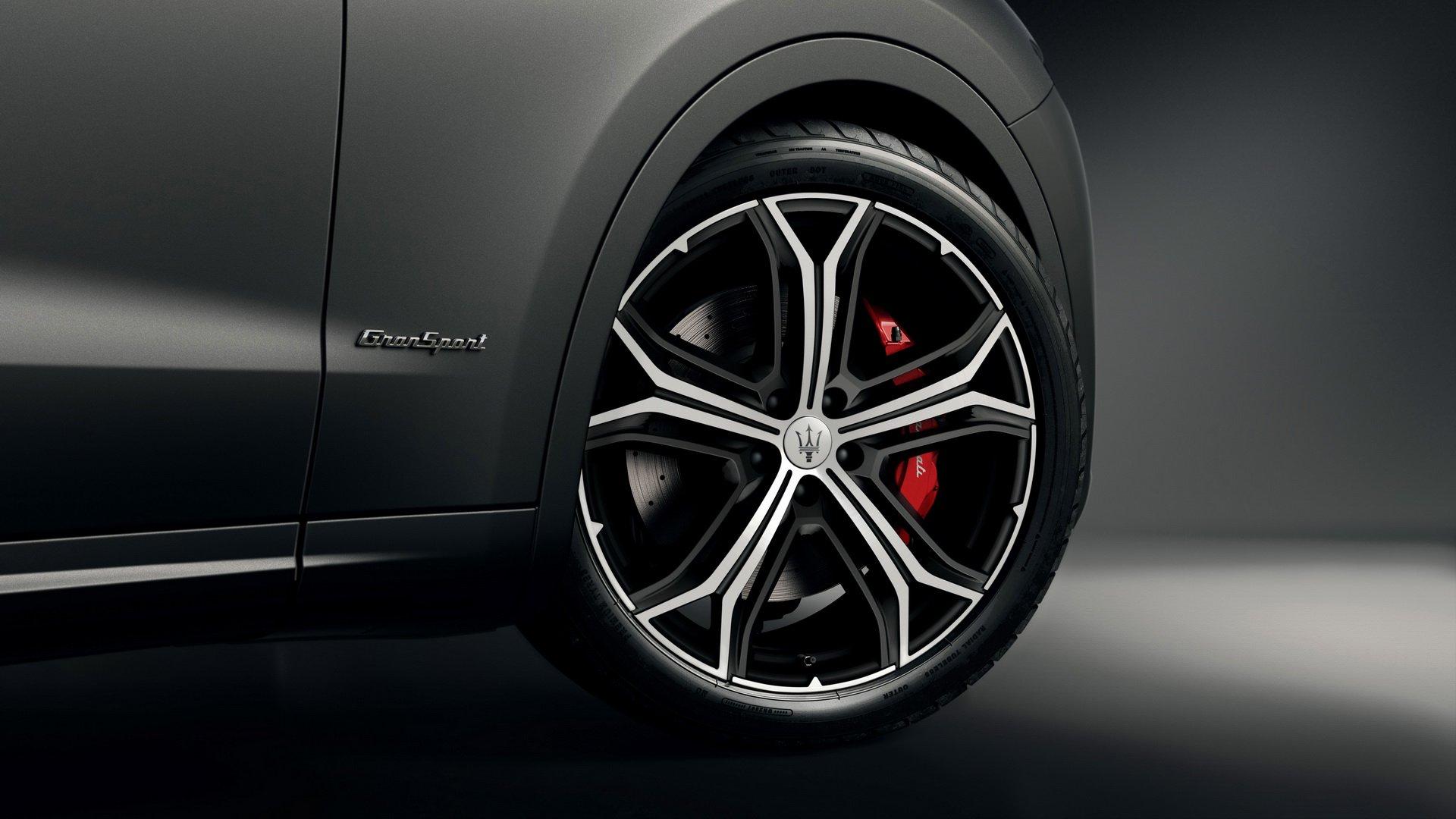 Maserati Levante Vulcano (6)