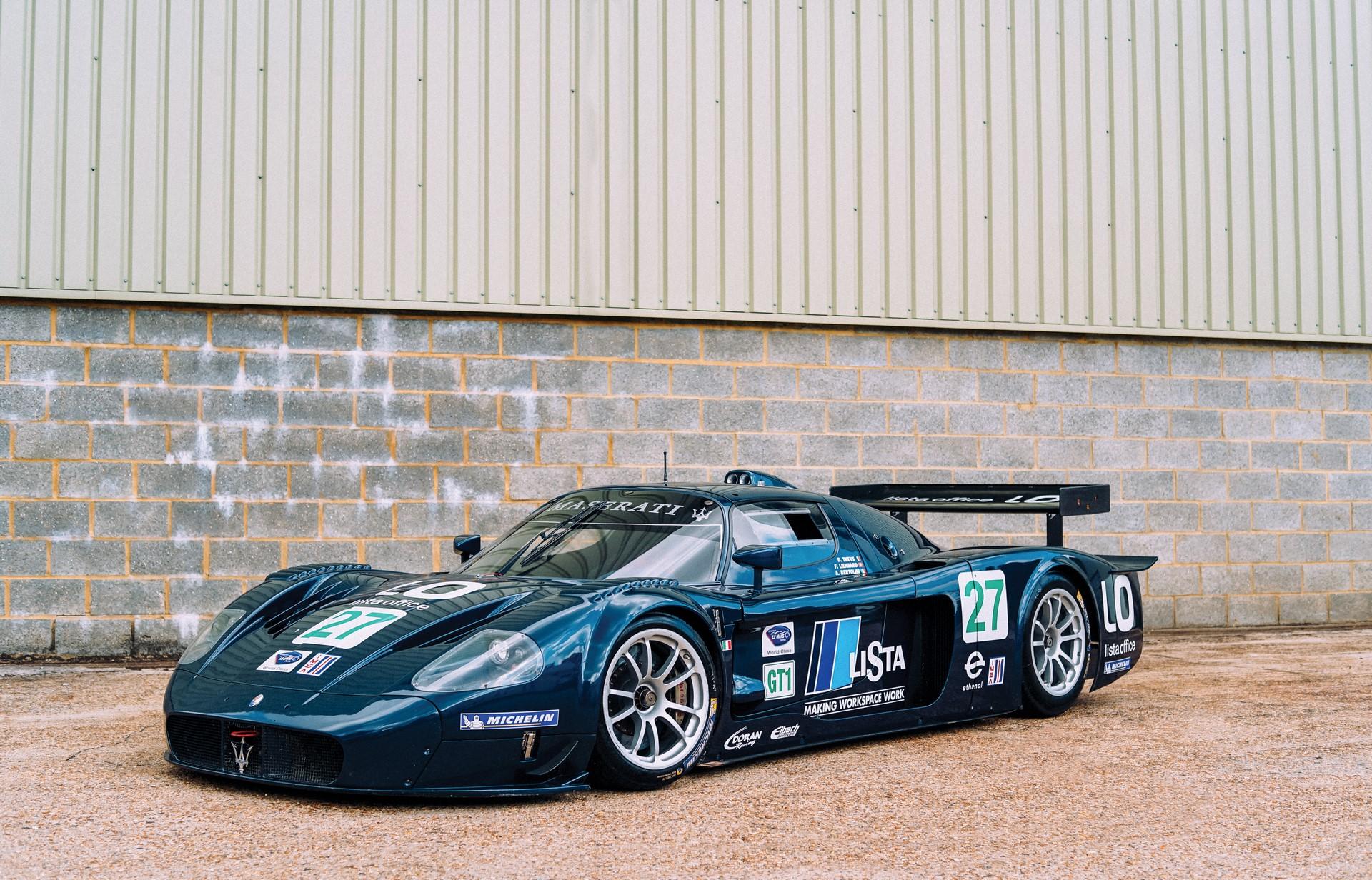2006-Maserati-MC12-GT1-_1