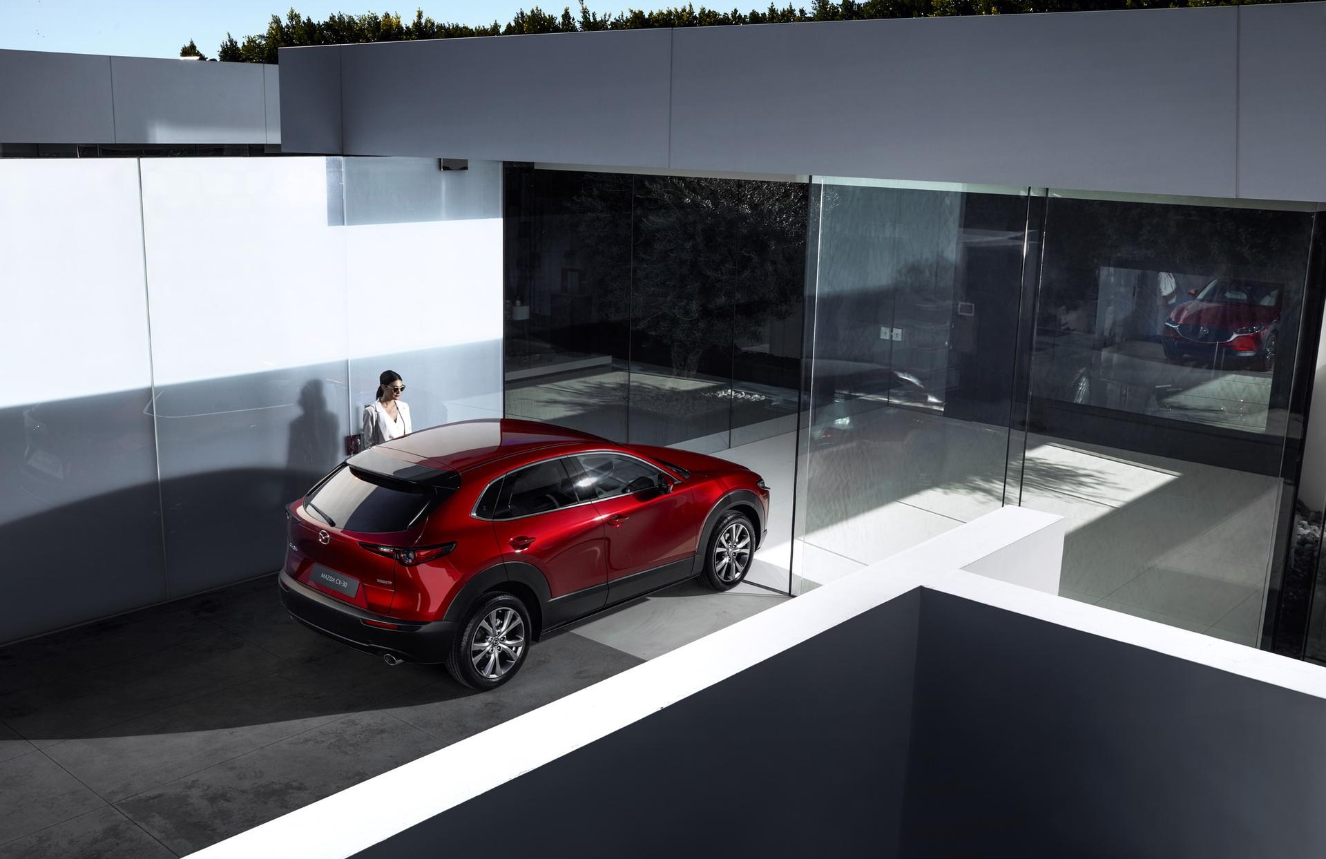 Mazda-CX-30_at_2019GIMS_3