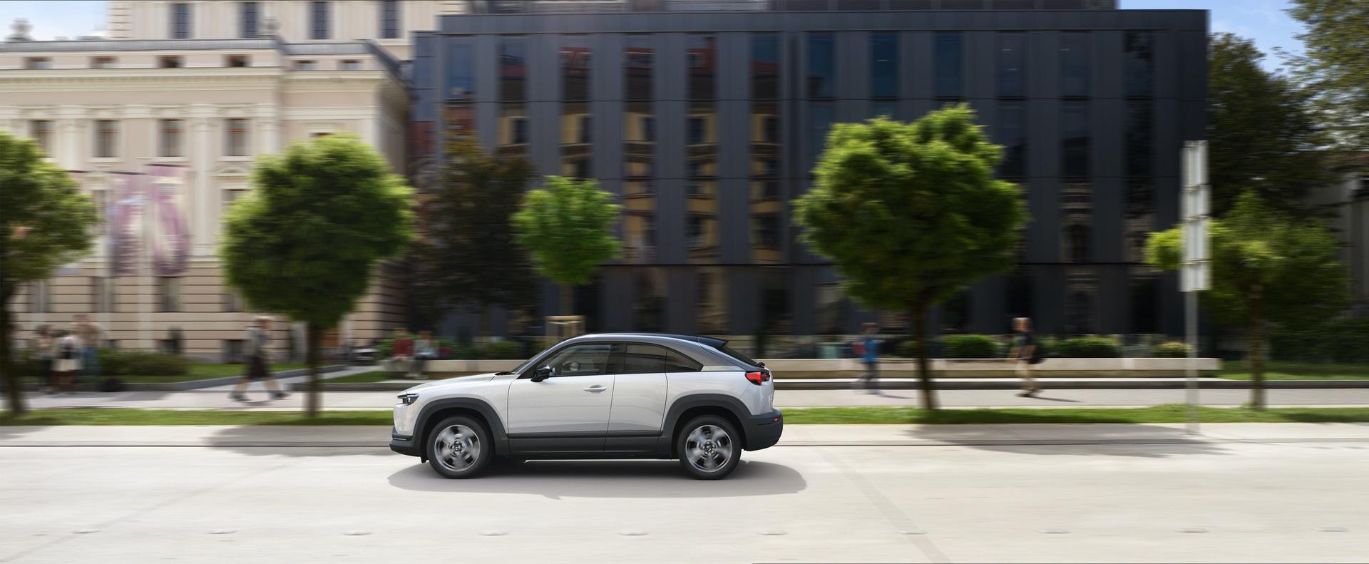 Mazda_MX-30_0019
