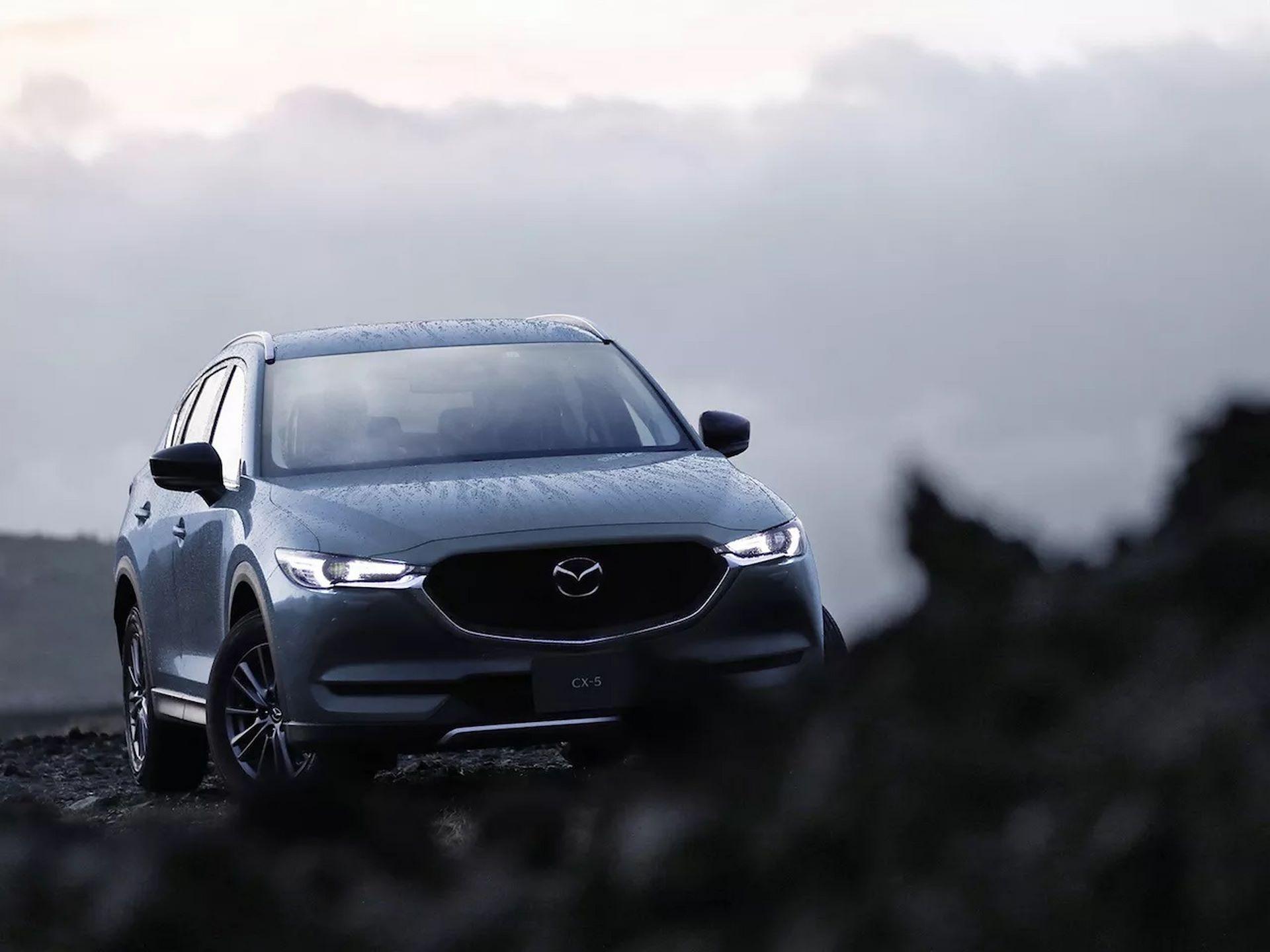 Mazda-MX-5-and-CX-5-2020-15
