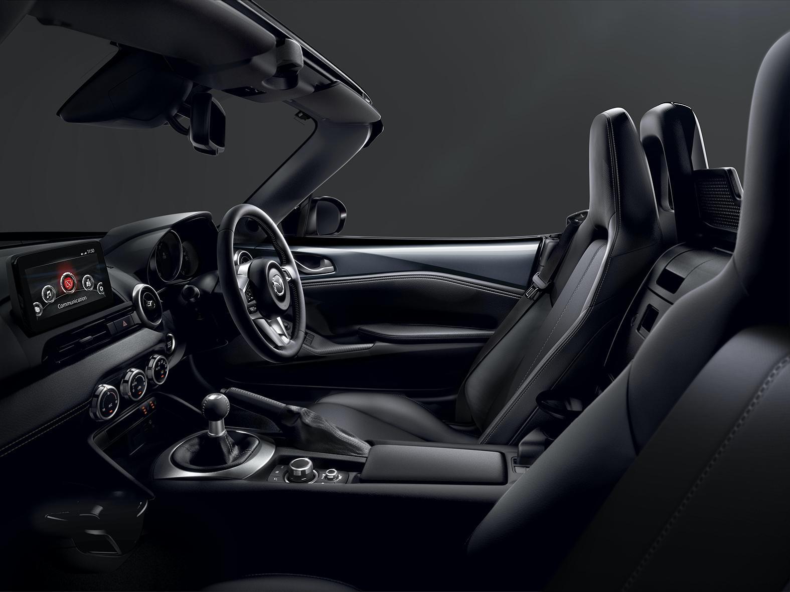 Mazda-MX-5-and-CX-5-2020-6