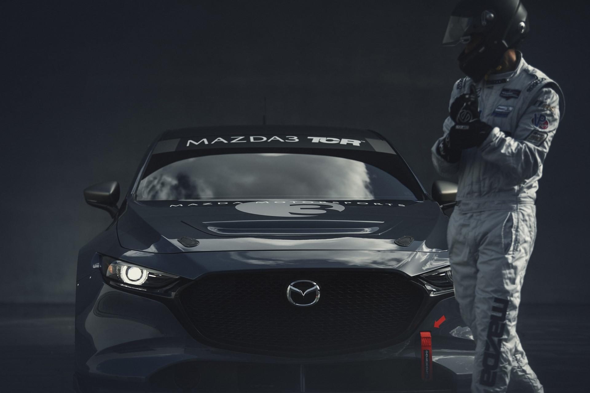 Mazda3-TCR-2020-9