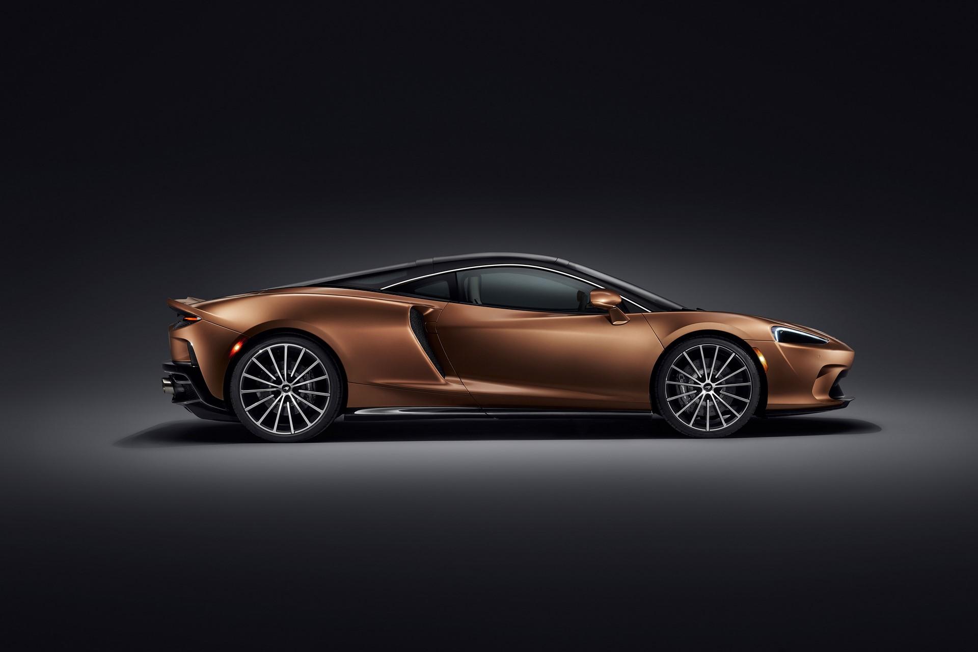 McLaren-GT-10
