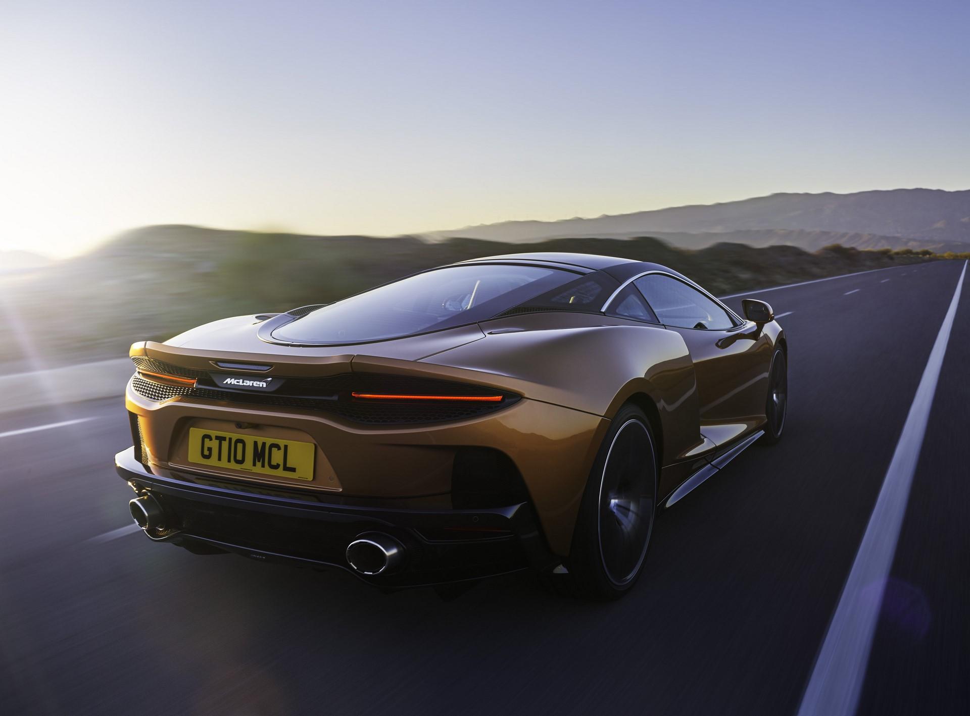 McLaren-GT-2
