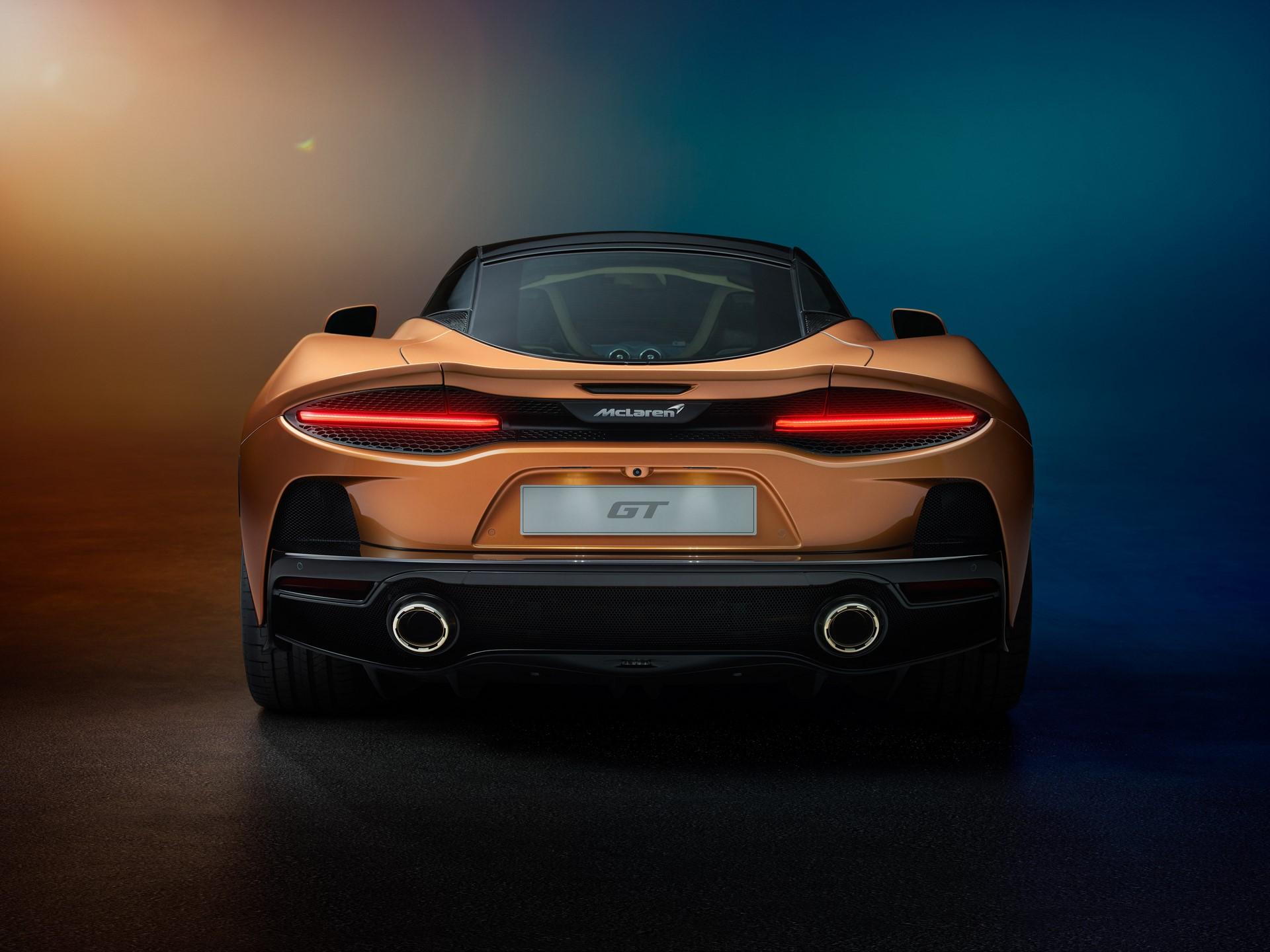 McLaren-GT-6