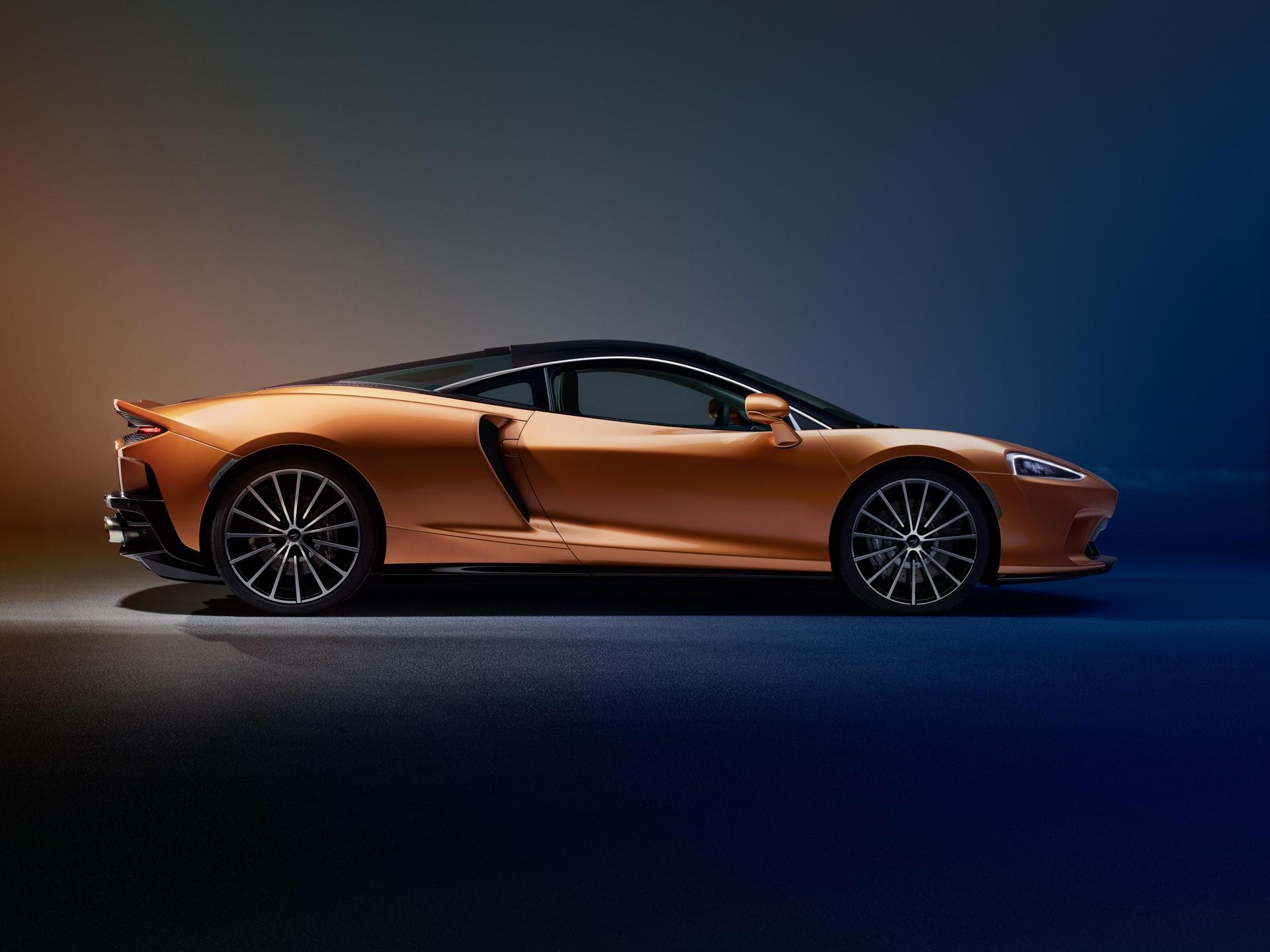 McLaren-GT-8