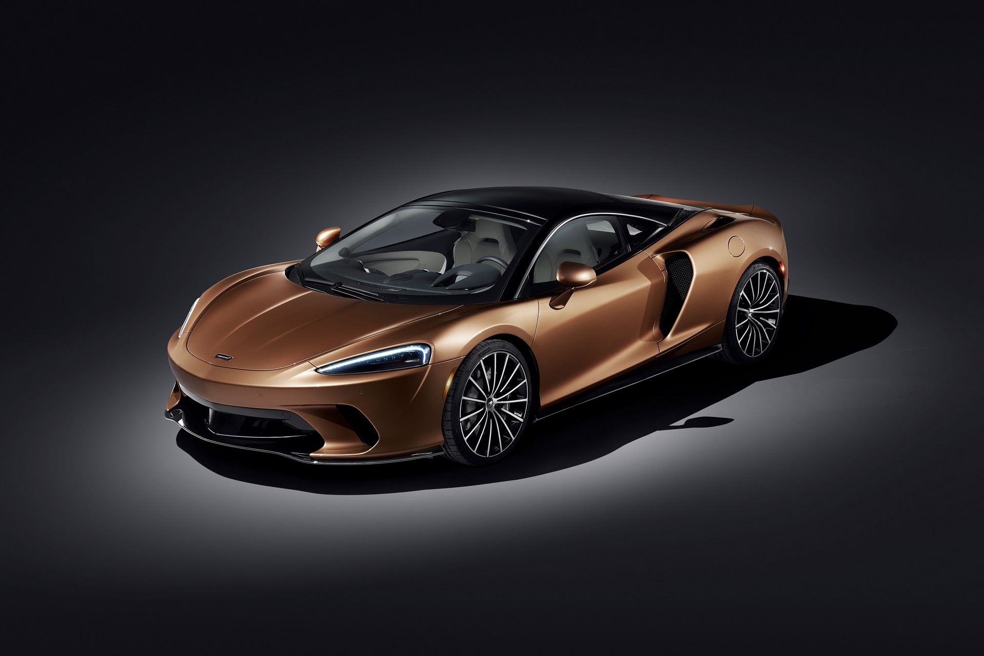McLaren-GT-9
