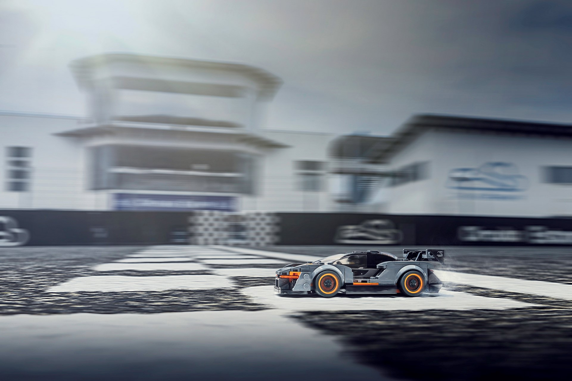 McLaren Senna Lego Speed Champions kit (4)