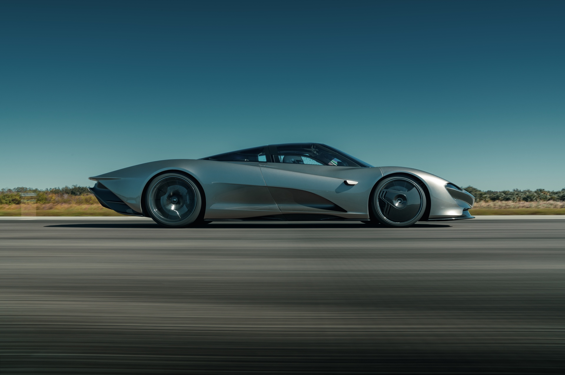 McLaren-Speedtail-concludes-high-speed-testing_08