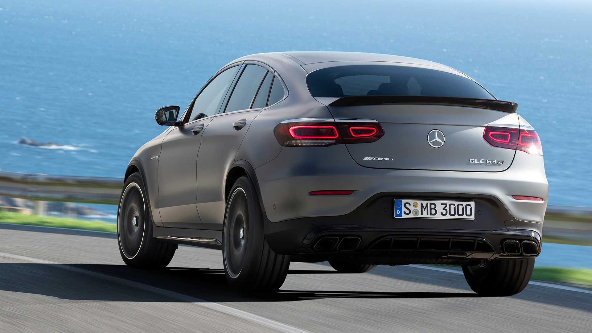 2019-mercedes-amg-glc-63-coupe-1