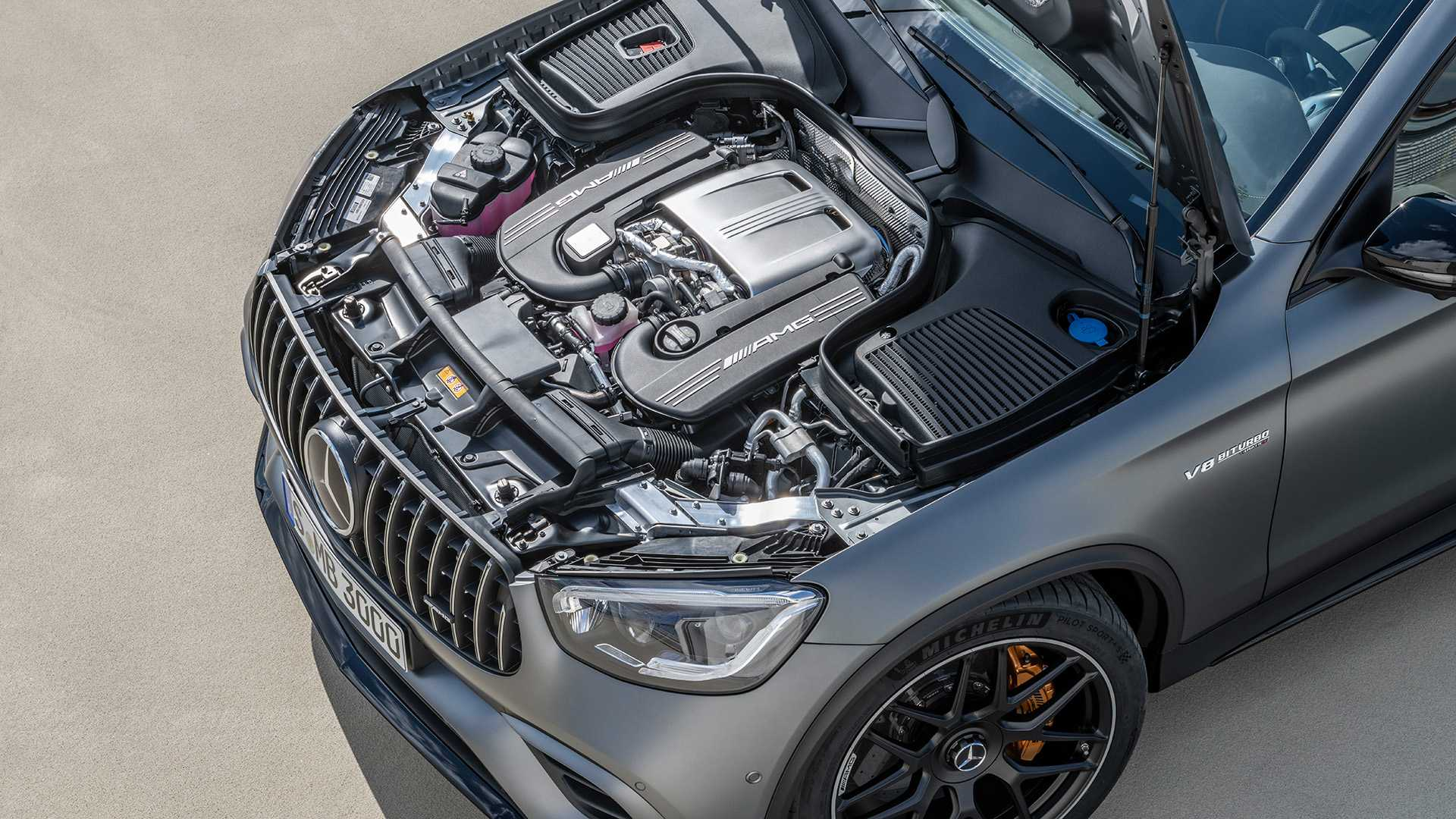 2019-mercedes-amg-glc-63-coupe-13