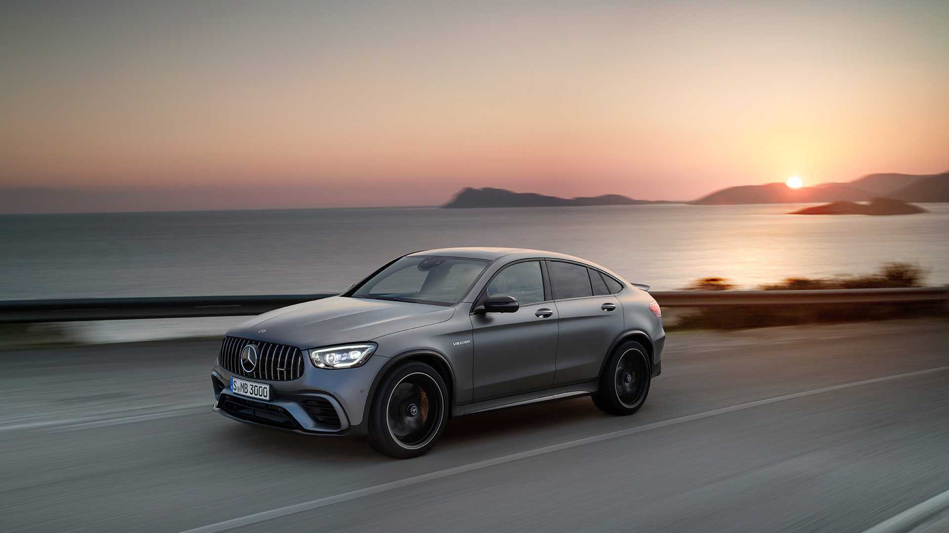 2019-mercedes-amg-glc-63-coupe-19