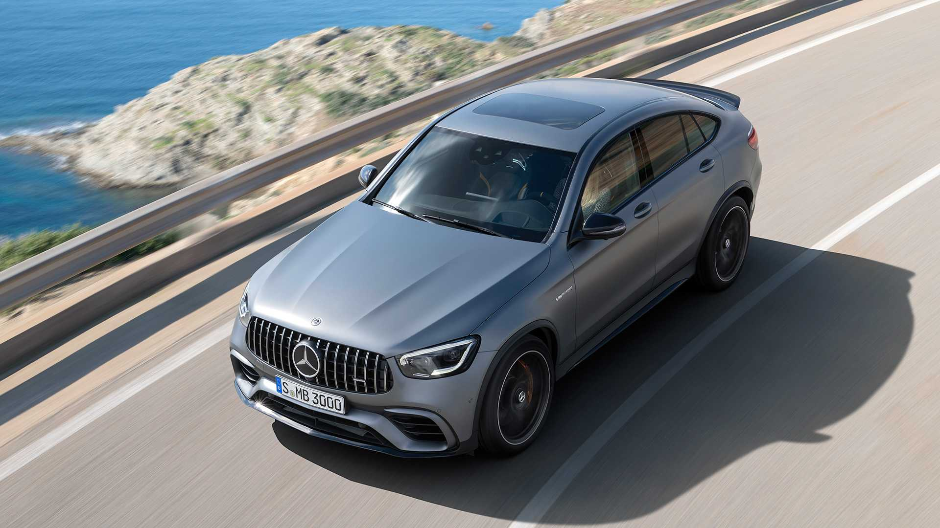 2019-mercedes-amg-glc-63-coupe-4