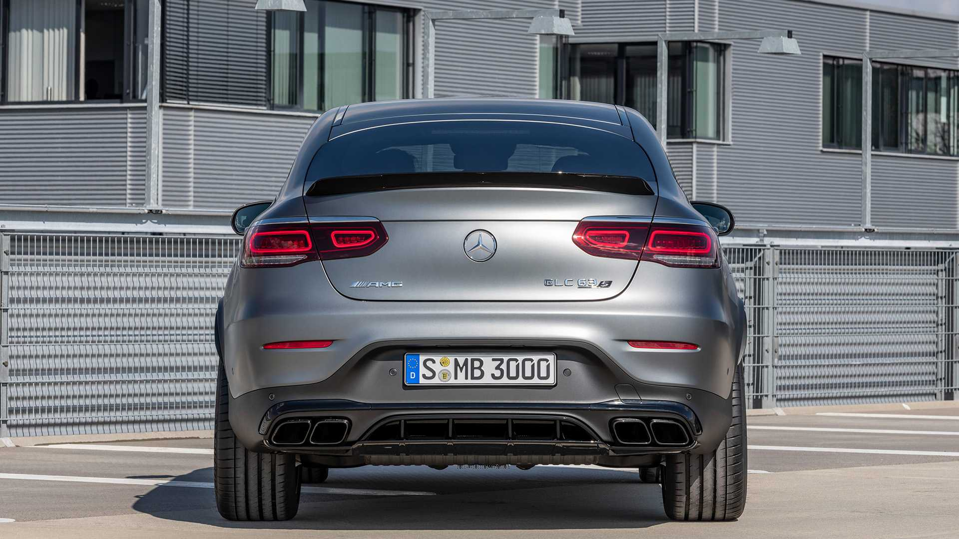 2019-mercedes-amg-glc-63-coupe-7